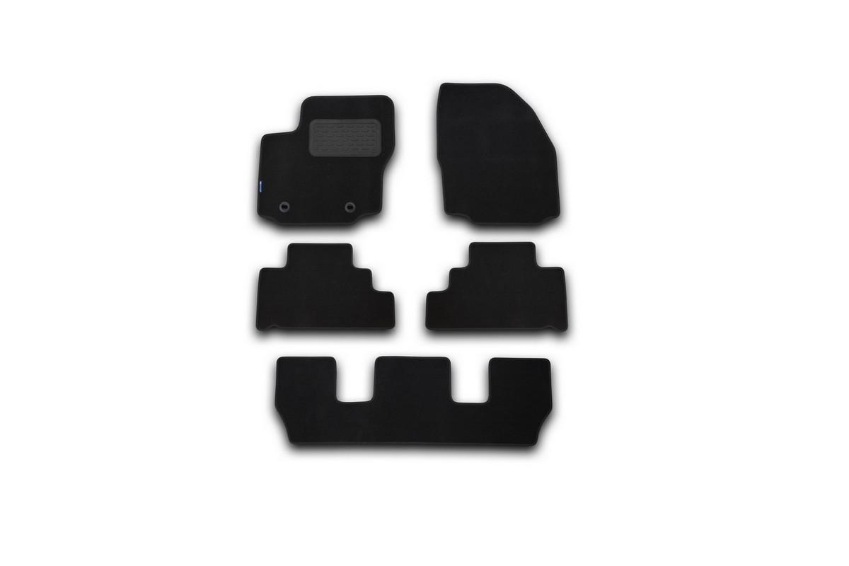 Набор автомобильных ковриков Novline-Autofamily для Ford Galaxy 2007-, минивен, в салон, 5 штNLT.16.22.11.110khНабор автомобильных ковриков Novline-Autofamily, изготовленный из текстиля, состоит из 5 ковриков, которые учитывают все особенности каждой модели автомобиля и полностью повторяют контуры пола. Текстильные автомобильные коврики для салона произведены из высококачественного материала, который держит форму, прочный и не пачкает обувь. Коврики в салон не только улучшат внешний вид салона вашего автомобиля, но и надежно уберегут его от пыли, грязи и сырости, а значит, защитят кузов от коррозии. Текстильные коврики для автомобиля мягкие и приятные, а их основа из вспененного полиуретана не пропускает влагу. Ковры для автомобилей надежно крепятся на полу и не скользят, что очень важно во время движения. Чистятся коврики очень просто: как при помощи автомобильного пылесоса, так и различными моющими средствами. Набор подходит для Ford Galaxy минивен с 2007 года выпуска.