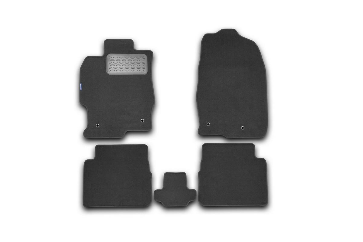 Набор автомобильных ковриков Novline-Autofamily для Mazda 6 АКПП 2010-2012, седан, в салон, 5 штVT-1520(SR)Набор автомобильных ковриков Novline-Autofamily, изготовленный из текстиля, состоит из 5 ковриков, которые учитывают все особенности каждой модели автомобиля и полностью повторяют контуры пола. Текстильные автомобильные коврики для салона произведены из высококачественного материала, который держит форму, прочный и не пачкает обувь. Коврики в салон не только улучшат внешний вид салона вашего автомобиля, но и надежно уберегут его от пыли, грязи и сырости, а значит, защитят кузов от коррозии. Текстильные коврики для автомобиля мягкие и приятные, а их основа из вспененного полиуретана не пропускает влагу. Ковры для автомобилей надежно крепятся на полу и не скользят, что очень важно во время движения. Чистятся коврики очень просто: как при помощи автомобильного пылесоса, так и различными моющими средствами. Набор подходит для Mazda 6 АКПП седан 2010-2012 годов выпуска.