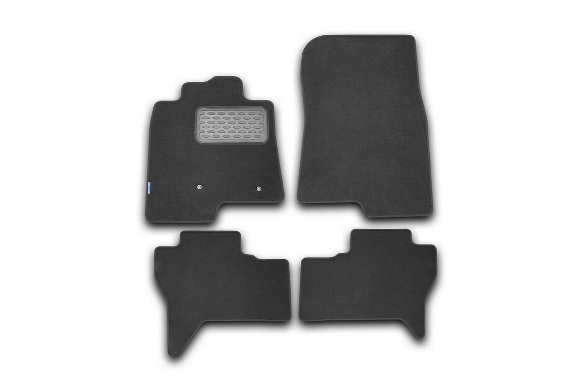 Набор автомобильных ковриков Novline-Autofamily для Mitsubishi Pajero IV 2006-, внедорожник, в салон, 4 штVT-1520(SR)Набор автомобильных ковриков Novline-Autofamily, изготовленный из текстиля, состоит из 4 ковриков, которые учитывают все особенности каждой модели автомобиля и полностью повторяют контуры пола. Текстильные автомобильные коврики для салона произведены из высококачественного материала, который держит форму, прочный и не пачкает обувь. Коврики в салон не только улучшат внешний вид салона вашего автомобиля, но и надежно уберегут его от пыли, грязи и сырости, а значит, защитят кузов от коррозии. Текстильные коврики для автомобиля мягкие и приятные, а их основа из вспененного полиуретана не пропускает влагу. Ковры для автомобилей надежно крепятся на полу и не скользят, что очень важно во время движения. Чистятся коврики очень просто: как при помощи автомобильного пылесоса, так и различными моющими средствами. Набор подходит для Mitsubishi Pajero IV внедорожник с 2006 года выпуска.