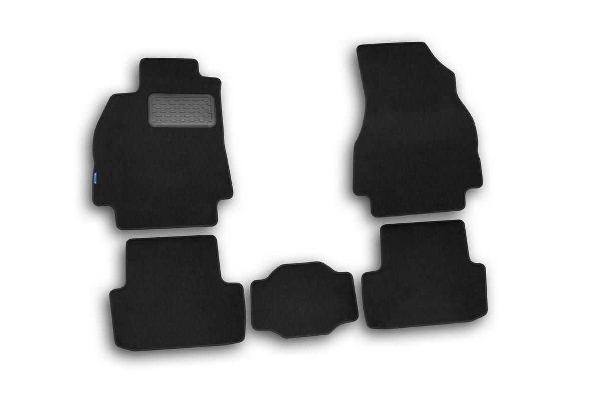 Набор автомобильных ковриков Novline-Autofamily для Renault Megane II, седан, в салон, 5 штNLT.41.07.11.110khНабор автомобильных ковриков Novline-Autofamily, изготовленный из текстиля, состоит из 5 ковриков, которые учитывают все особенности каждой модели автомобиля и полностью повторяют контуры пола. Текстильные автомобильные коврики для салона произведены из высококачественного материала, который держит форму, прочный и не пачкает обувь. Коврики в салон не только улучшат внешний вид салона вашего автомобиля, но и надежно уберегут его от пыли, грязи и сырости, а значит, защитят кузов от коррозии. Текстильные коврики для автомобиля мягкие и приятные, а их основа из вспененного полиуретана не пропускает влагу. Ковры для автомобилей надежно крепятся на полу и не скользят, что очень важно во время движения. Чистятся коврики очень просто: как при помощи автомобильного пылесоса, так и различными моющими средствами. Набор подходит для Renault Megane II седан.