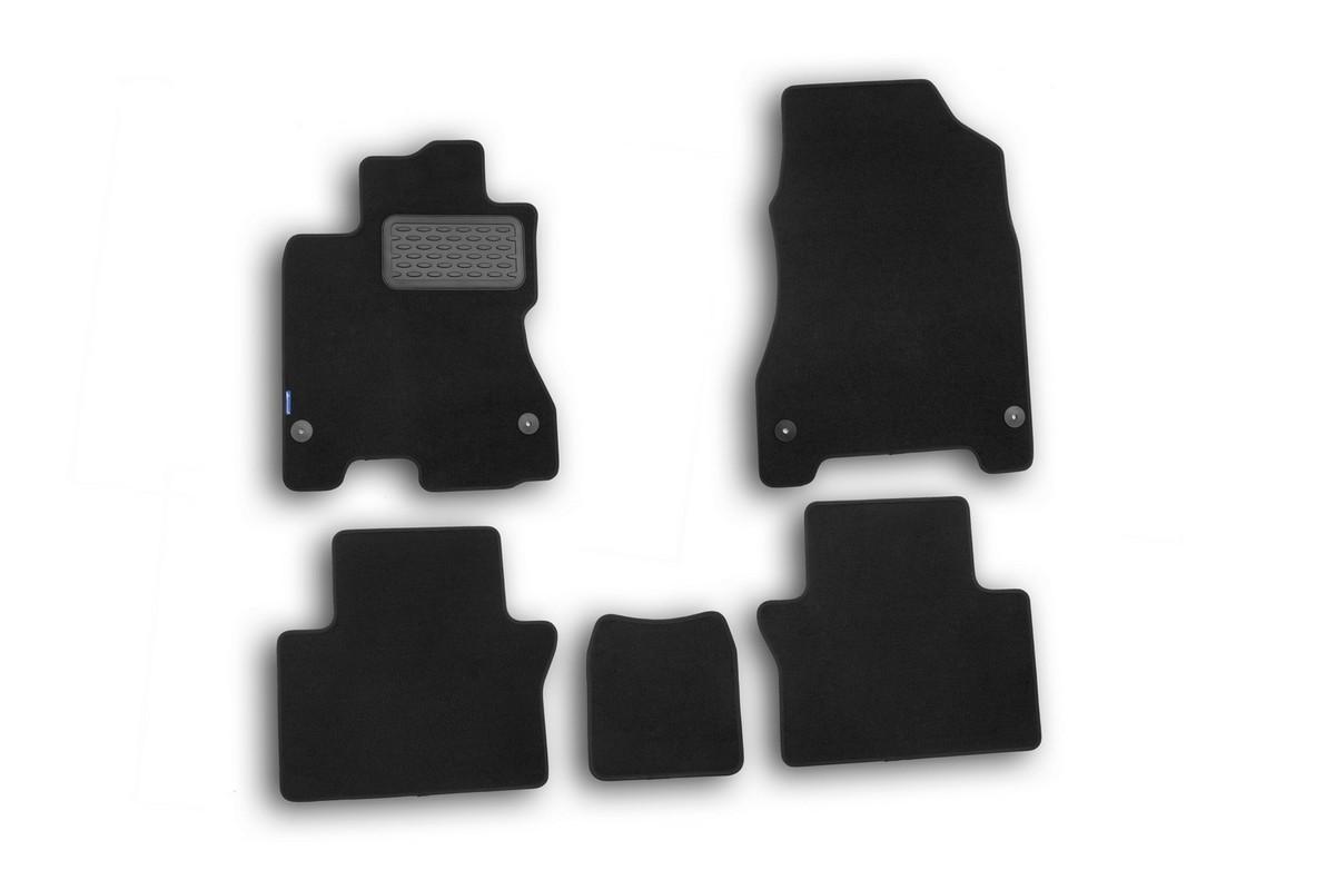 Набор автомобильных ковриков Novline-Autofamily для Renault Koleos 2008-, кроссовер, в салон, 5 штNLT.41.14.11.110khНабор автомобильных ковриков Novline-Autofamily, изготовленный из текстиля, состоит из 5 ковриков, которые учитывают все особенности каждой модели автомобиля и полностью повторяют контуры пола. Текстильные автомобильные коврики для салона произведены из высококачественного материала, который держит форму, прочный и не пачкает обувь. Коврики в салон не только улучшат внешний вид салона вашего автомобиля, но и надежно уберегут его от пыли, грязи и сырости, а значит, защитят кузов от коррозии. Текстильные коврики для автомобиля мягкие и приятные, а их основа из вспененного полиуретана не пропускает влагу. Ковры для автомобилей надежно крепятся на полу и не скользят, что очень важно во время движения. Чистятся коврики очень просто: как при помощи автомобильного пылесоса, так и различными моющими средствами. Набор подходит для Renault Koleos кроссовер с 2008 года выпуска.