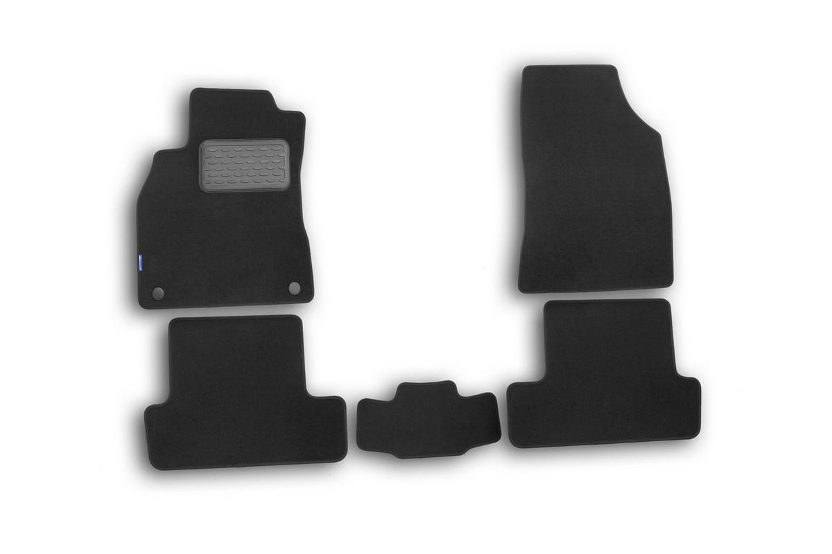 Набор автомобильных ковриков Novline-Autofamily для Renault Megane III 2010-, хэтчбек, в салон, 5 штVT-1520(SR)Набор автомобильных ковриков Novline-Autofamily, изготовленный из текстиля, состоит из 5 ковриков, которые учитывают все особенности каждой модели автомобиля и полностью повторяют контуры пола. Текстильные автомобильные коврики для салона произведены из высококачественного материала, который держит форму, прочный и не пачкает обувь. Коврики в салон не только улучшат внешний вид салона вашего автомобиля, но и надежно уберегут его от пыли, грязи и сырости, а значит, защитят кузов от коррозии. Текстильные коврики для автомобиля мягкие и приятные, а их основа из вспененного полиуретана не пропускает влагу. Ковры для автомобилей надежно крепятся на полу и не скользят, что очень важно во время движения. Чистятся коврики очень просто: как при помощи автомобильного пылесоса, так и различными моющими средствами. Набор подходит для Renault Megane III хэтчбек с 2010 года выпуска.