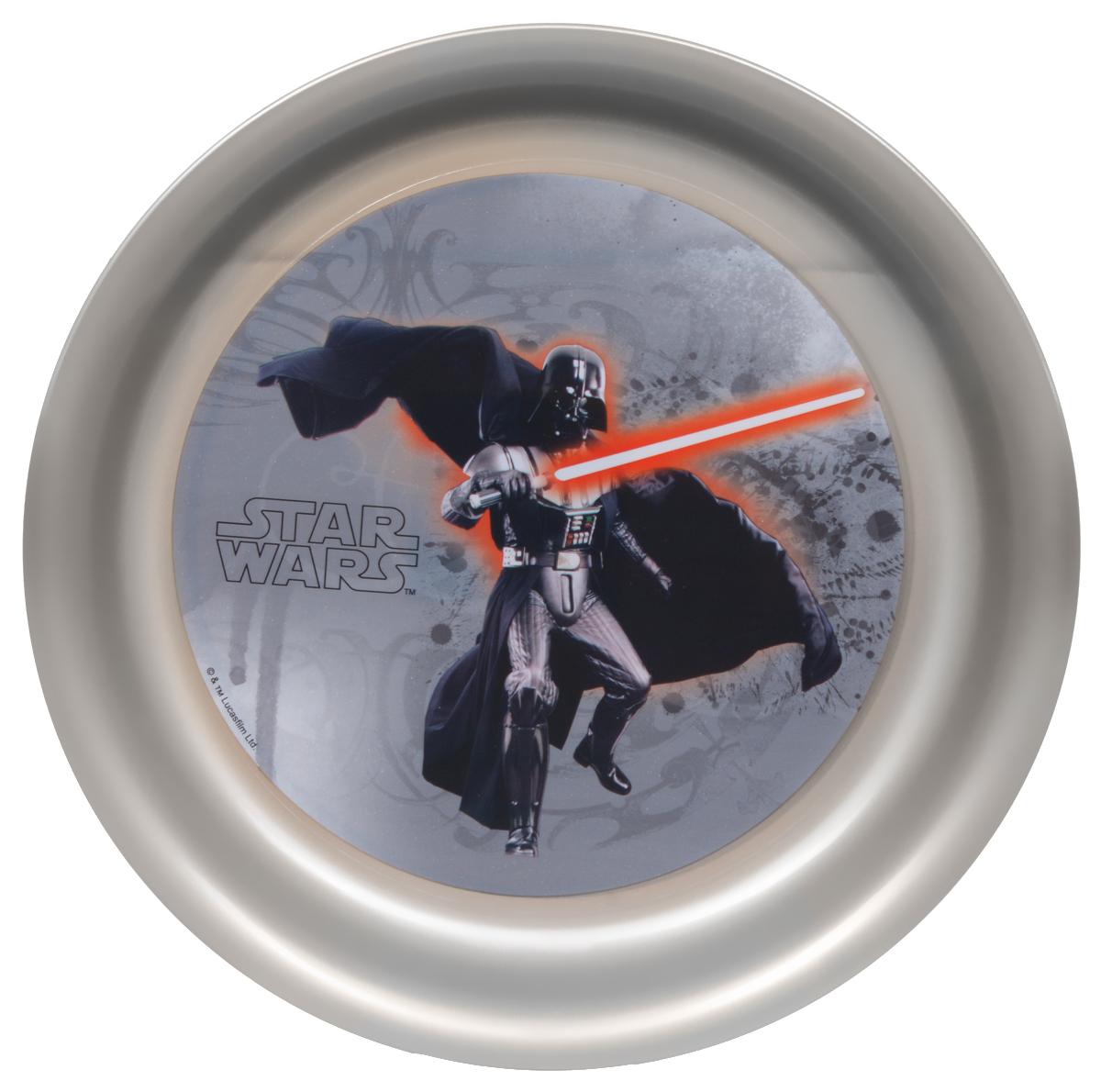 Star Wars Тарелка детская Дарт Вейдер диаметр 19 см78365Детская тарелка Star Wars Дарт Вейдер станет отличным подарком для любого фаната знаменитой саги. Она выполнена из полипропилена и оформлена рисунком с изображением Дарта Вейдера. Диаметр тарелки: 19 см. Не подходит для использования в посудомоечной машине и СВЧ-печи.