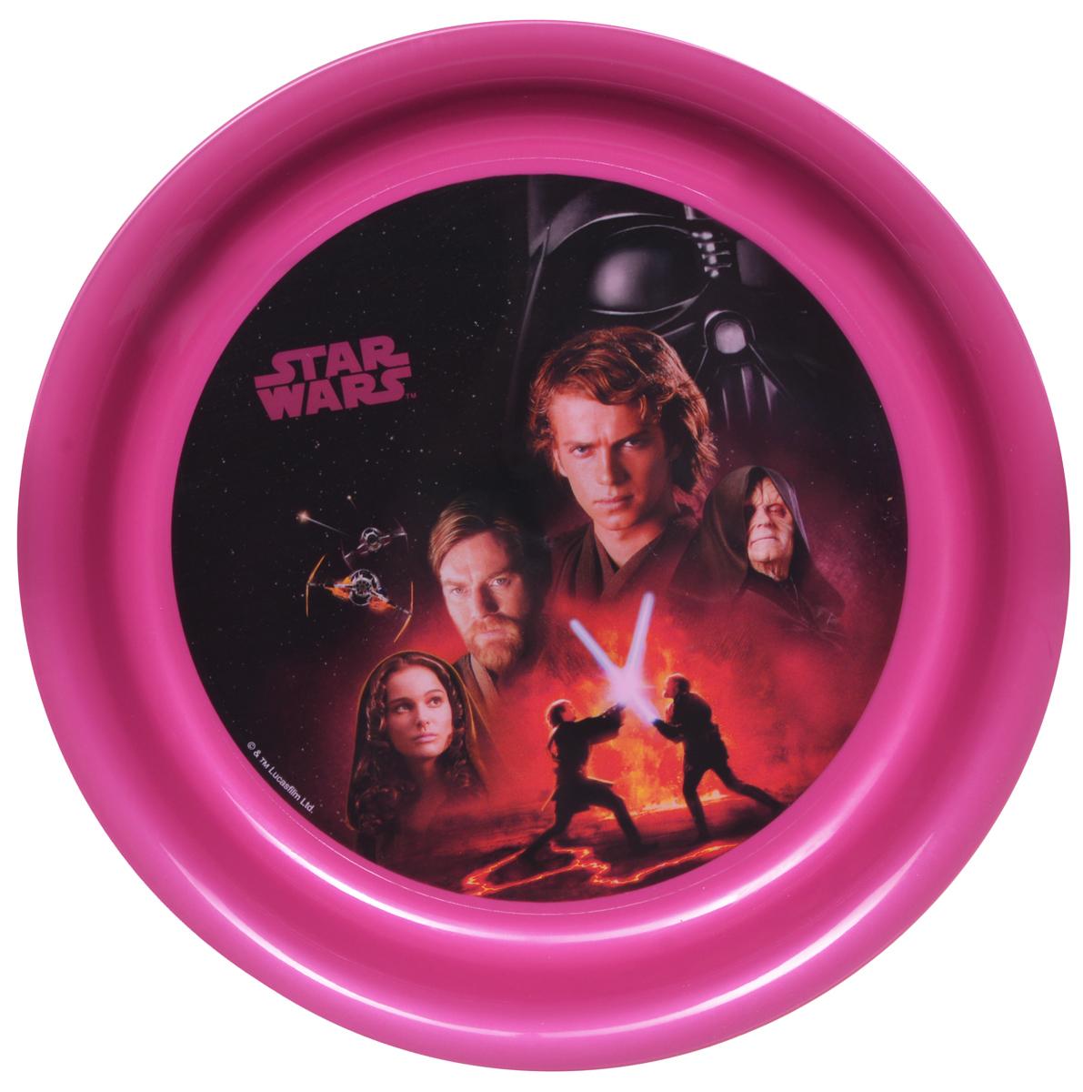 Star Wars Тарелка детская диаметр 19 смSWP19-03Детская тарелка Star Wars станет отличным подарком для любого фаната знаменитой саги. Она выполнена из полипропилена и оформлена рисунком с изображением героев фильма Звездные войны. Диаметр тарелки: 19 см. Не подходит для использования в посудомоечной машине и СВЧ-печи.