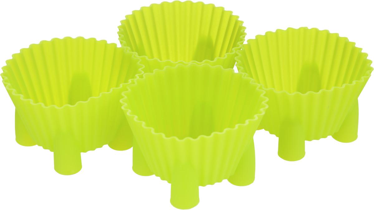 Набор форм для выпечки Mayer & Boch Кубок, цвет: салатовый, 4 шт20537Набор Mayer & Boch Кубок состоит из четырех форм, выполненных из силикона. Формы предназначены для выпечки и заморозки. Стенки форм рельефные. Силиконовые формы для выпечки имеют много преимуществ по сравнению с традиционными металлическими формами и противнями. Они идеально подходят для использования в микроволновых, газовых и электрических печах при температурах до +230°С. В случае заморозки до -40°С. За счет высокой теплопроводности силикона изделия выпекаются заметно быстрее. Благодаря гибкости и антиприлипающим свойствам силикона, готовое изделие легко извлекается из формы. Для этого достаточно отогнуть края и вывернуть форму (выпечке дайте немного остыть, а замороженный продукт лучше вынимать сразу). Силикон абсолютно безвреден для здоровья, не впитывает запахи, не оставляет пятен, легко моется. С набором формочек Mayer & Boch Кубок вы всегда сможете порадовать своих близких оригинальной выпечкой. Объем форм: 88 мл. Диаметр форм (по верхнему краю): 7 см....