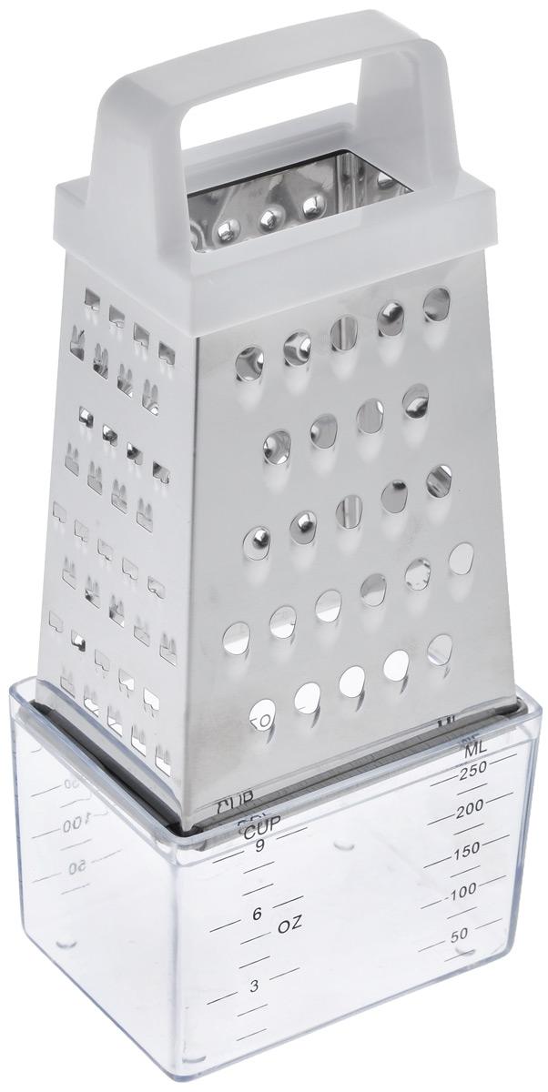 Терка четырехсторонняя Mayer & Boch, с контейнером, высота 20,5 см21316Четырехсторонняя терка Mayer & Boch изготовлена из высококачественной нержавеющей стали. Изделие снабжено 4 лезвиями для шинковки, крупной и мелкой терки. Удобная эргономичная ручка, выполненная из пластика, обеспечивает комфорт во время использования. В набор входит контейнер с мерными делениями для приемки нарезанных продуктов. Многофункциональная терка Mayer & Boch прекрасно дополнит коллекцию ваших кухонных аксессуаров. Высота терки (с учетом контейнера): 20,5 см. Высота терки (без учета контейнера): 14,5 см. Размер контейнера: 9 см х 6,5 см х 6,5 см. Объем контейнера: 250 мл.