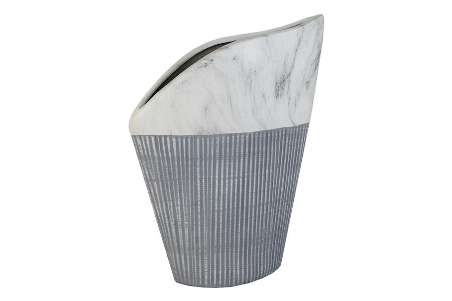 Ваза SDJ Копенгаген, высота 35 см300196Изящная ваза SDJ Копенгаген, изготовленная из высококачественной керамики, выполнена в этническом стиле. Она красиво переливается и излучает приятный блеск. Изделие имеет оригинальную форму, что делает ее изумительным украшением интерьера. Ваза SDJ Копенгаген дополнит интерьер офиса или дома и станет желанным и стильным подарком. Высота вазы: 35 см.