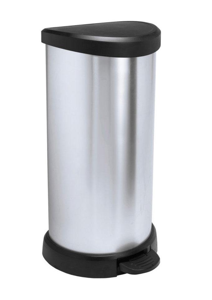Контейнер для мусора Curver Deco Bin, с педалью, цвет: серебристый металлик, черный, 40 л2150_чёрный / серебристый металликМусорный контейнер Curver Deco Bin может стать декоративным элементом в помещении. Контейнер, выполненный из прочного пластика, не боится ударов и долгих лет использования. Изделие оснащено педалью, с помощью которой можно открыть крышку. Закрывается крышка бесшумно, плотно прилегает, предотвращая распространение запаха. Изделие оснащено кольцом для зажима мусорных пакетов. Его интересный дизайн разнообразит интерьер кухни и сделает его более оригинальным.