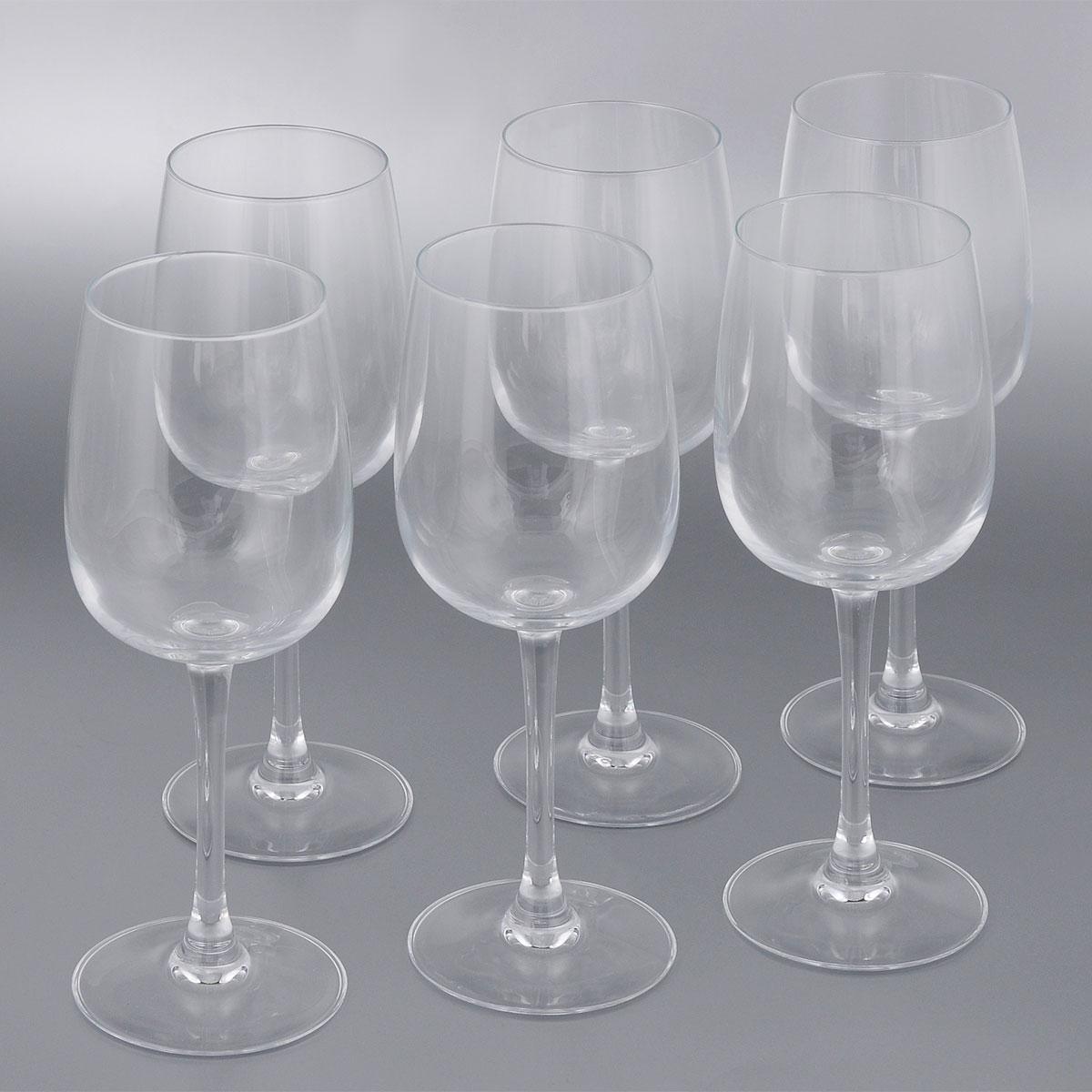 Набор фужеров для вина Luminarc Allegresse, 300 мл, 6 штJ8164Набор Luminarc Allegresse состоит из шести классических фужеров, выполненных из прочного стекла. Изделия оснащены высокими ножками и предназначены для подачи вина. Они сочетают в себе элегантный дизайн и функциональность. Благодаря такому набору пить напитки будет еще вкуснее. Набор фужеров Allegresse прекрасно оформит праздничный стол и создаст приятную атмосферу за романтическим ужином. Такой набор также станет хорошим подарком к любому случаю. Можно мыть в посудомоечной машине. Диаметр фужера (по верхнему краю): 6,1 см. Диаметр основания фужера: 8 см. Высота фужера: 20,6 см.