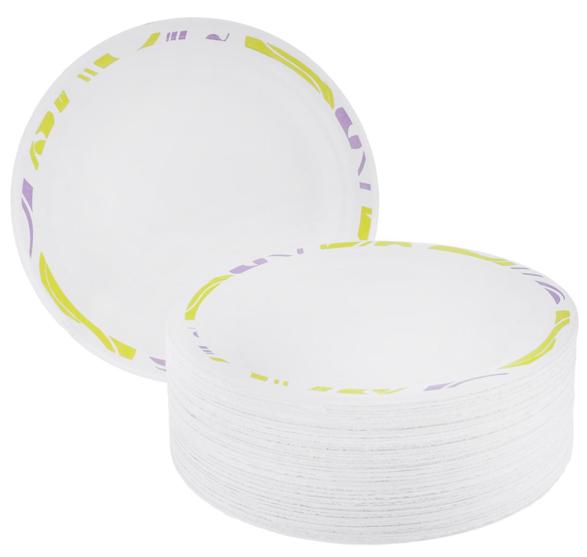 Набор одноразовых тарелок Chinet Flavour, цвет: белый, светло-зеленый, диаметр 17 см, 50 штПОС17667Набор Flavour Chinet  состоит из 50 круглых тарелок, выполненных из плотной бумаги и предназначенных для одноразового использования. Изделия декорированы оригинальным узором. Одноразовые тарелки будут незаменимы при поездках на природу, пикниках и других мероприятиях. Они не займут много места, легки и самое главное - после использования их не надо мыть. Диаметр тарелки: 17 см. Высота тарелки: 1,5 см.