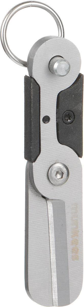 Брелок-ножницы Munkees МиниЛЦ0036Прелесть ножниц Munkees Мини заключается в том, что они размером с большой палец руки. Изделие можно взять с собой куда угодно, а стальное кольцо позволяет подвесить их на ключи, пояс или рюкзак. А в режиме брелока ножницы никогда не раскроются без вашего ведома. Изделие выполнено из высококачественной стали. Ножницы острые, надежные, легкие и удобные.