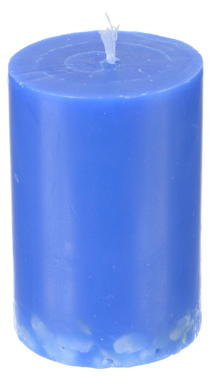 Свеча декоративная Proffi Home Столбик, с галькой, цвет: синий, высота 8 смUP210DFДекоративная свеча Proffi Home Столбик выполнена из парафина и стеарина в классическом стиле. Нижняя часть свечи декорирована галькой. Изделие порадует вас ярким дизайном. Такую свечу можно поставить в любое место, и она станет ярким украшением интерьера. Свеча Proffi Home Столбик создаст незабываемую атмосферу, будь то торжество, романтический вечер или будничный день.