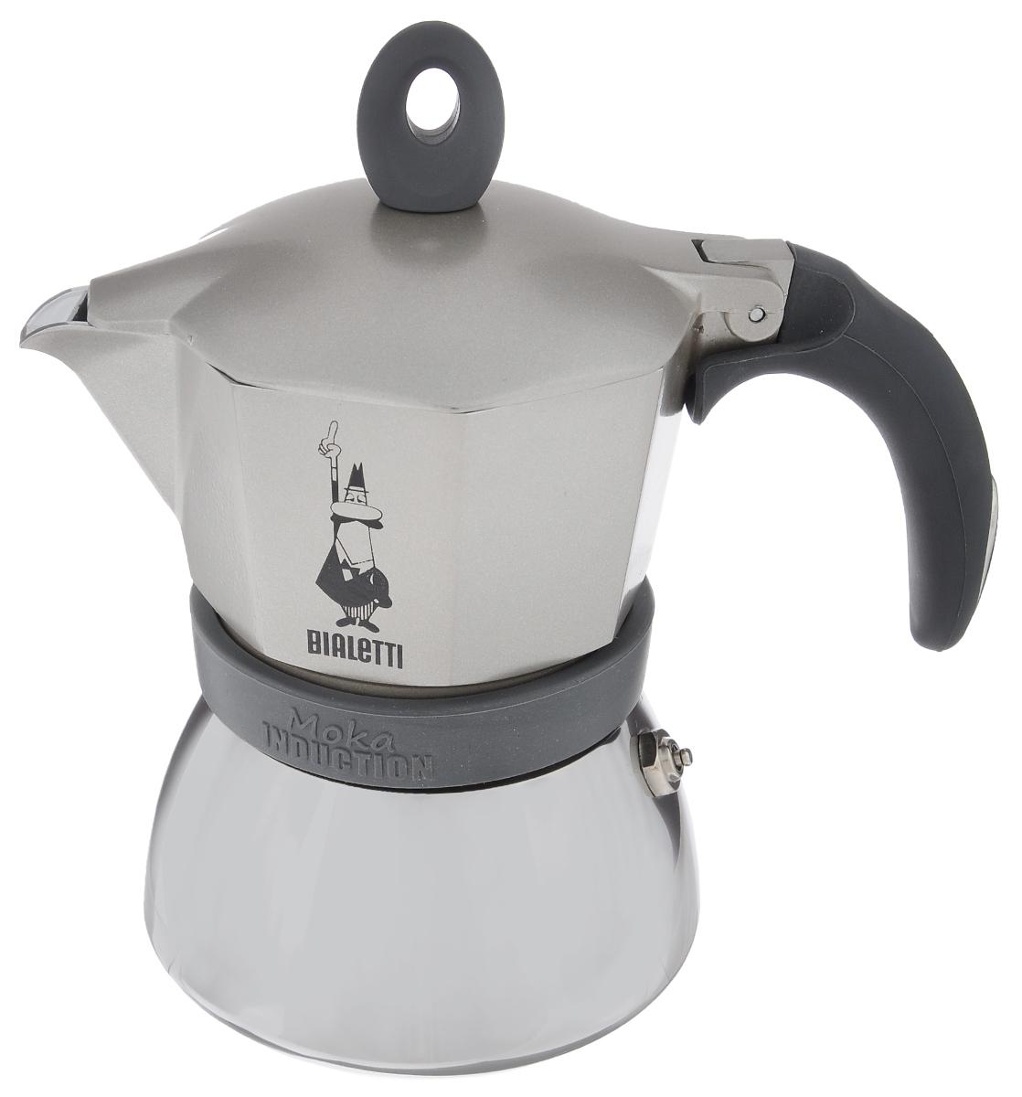Кофеварка гейзерная Bialetti Moka Induction, цвет: серый, на 3 чашки4832Компактная гейзерная кофеварка Bialetti Moka Induction изготовлена из высококачественного алюминия и стали. Объема кофе хватает на 3 чашки. Изделие оснащено удобной обрезиненной ручкой. Принцип работы такой гейзерной кофеварки - кофе заваривается путем многократного прохождения горячей воды или пара через слой молотого кофе. Удобство кофеварки в том, что вся кофейная гуща остается во внутренней емкости. Гейзерные кофеварки пользуются большой популярностью благодаря изысканному аромату. Кофе получается крепкий и насыщенный. Теперь и дома вы сможете насладиться великолепным эспрессо. Подходит для газовых, электрических, стеклокерамических индукционных плит. Нельзя мыть в посудомоечной машине. Высота (с учетом крышки): 17 см.