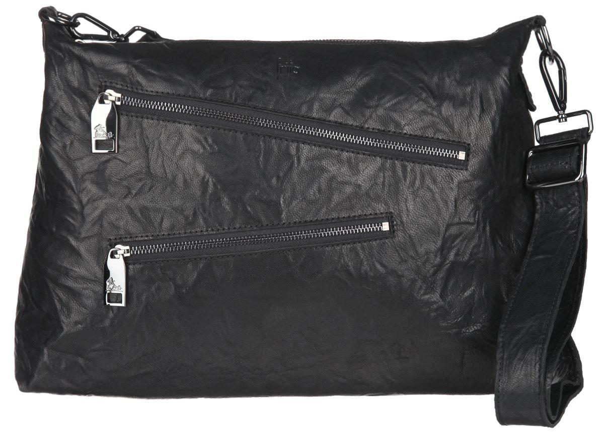 Сумка женская Frija, цвет: черный. 21-0304-153-47670-00504Стильная женская сумка Frija изготовлена из натуральной кожи.Изделие содержит одно отделение, закрывающееся на застежку-молнию. Внутри расположен прорезной карман на застежке-молнии и два накладных открытых кармана для телефона и мелочей. Снаружи, на передней стенке расположены два прорезных кармана на застежках-молниях. На задней стенке предусмотрен дополнительный прорезной карман на застежке-молнии. Сумка оснащена съемным плечевым ремнем, который регулируется по длине. В комплект входит текстильный фирменный чехол для хранения.Такая сумка прекрасно завершит ваш образ.