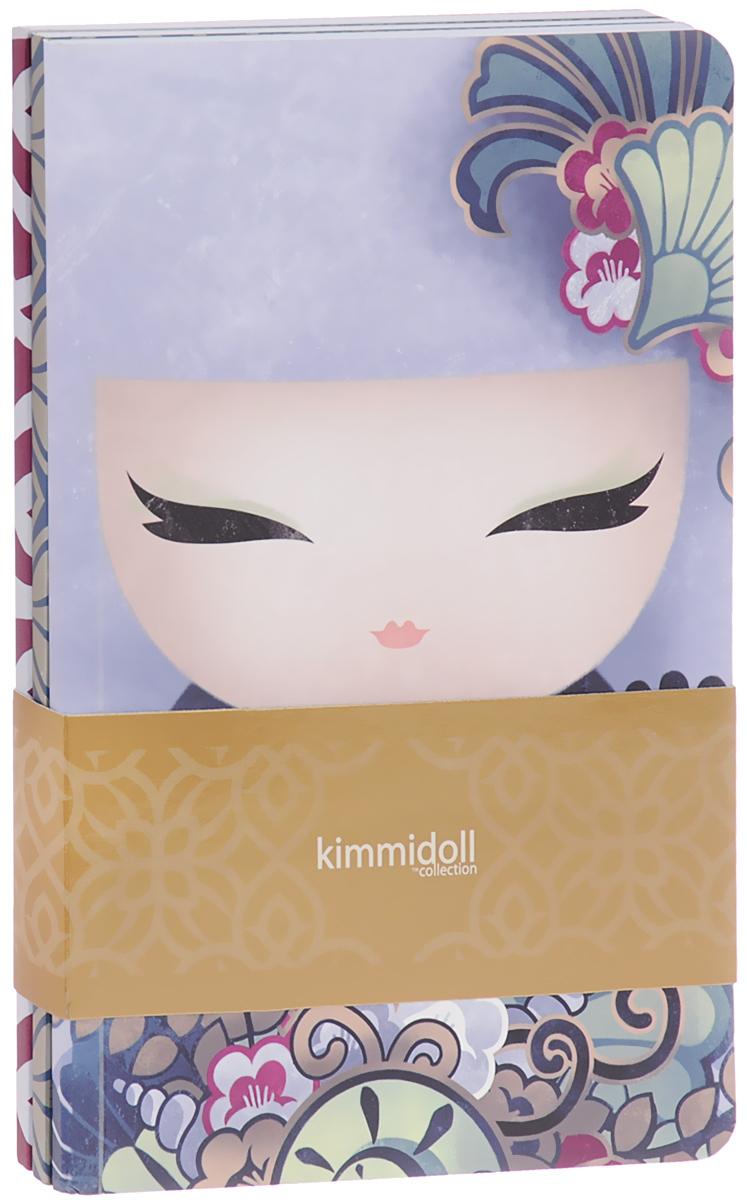 Kimmidoll Набор из 3-х записных книжек- Айри72523WDНеобычный набор из блокнотов для заметок надежно сохранит все самые важные записи, мечты, воспоминания. К тому же, блокнот еще и часть твоего имиджа, особенно если он с такой красивой, и привлекающей внимание обложкой! • В набор входит 3 записных книжки • 2 записных книжки - 80 разлинованных страничек. 1 блокнот с пустыми страничкам и для полета Ваших фантазий!