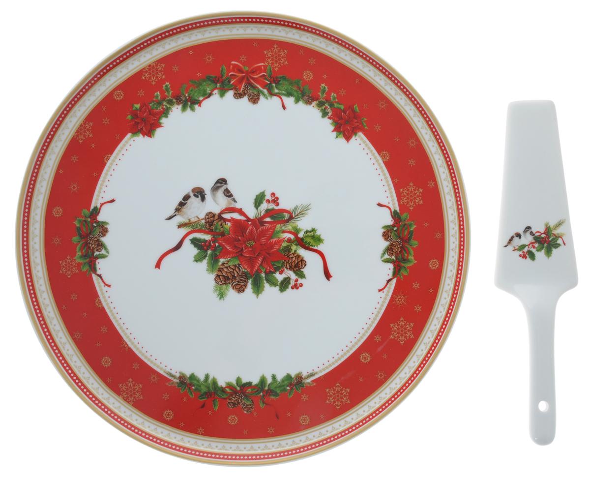 Набор для торта Nuova R2S Рождественская коллекция, 2 предметаR2S-R1112/SPIR-ALНабор для торта Nuova R2S Рождественская коллекция состоит из круглого блюда и лопатки. Изделия выполнены из фарфора и оформлены ярким изображением. Набор идеален для подачи тортов, пирогов и другой выпечки. Яркий новогодний дизайн сделает набор изысканным украшением праздничного стола. Можно использовать в микроволновой печи и мыть в посудомоечной машине. Диаметр блюда: 31,5 см. Высота блюда: 1,5 см. Длина лопатки: 23,5 см.