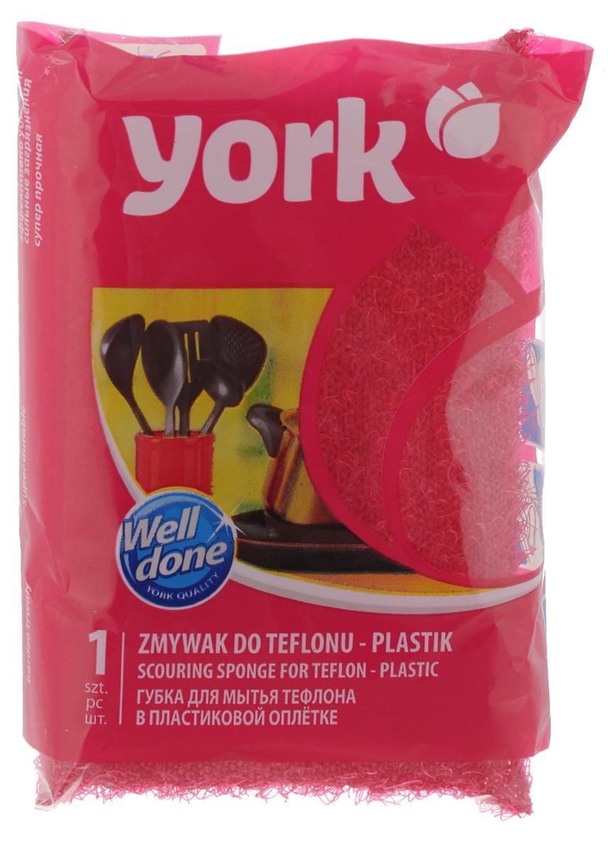 Губка для тефлона York Линда, цвет: красный3201_красныйГубка для тефлона York Линда используется для удаления сильных загрязнений (пригара) с деликатных поверхностей - тефлоновых кастрюль, сковородок. Покрыта пластиковой оплеткой, специальная структура которой не стирает тефлоновый слой и не царапает очищаемую поверхность. Губка хорошо вспенивает моющие средства, благодаря чему позволяет их экономить.