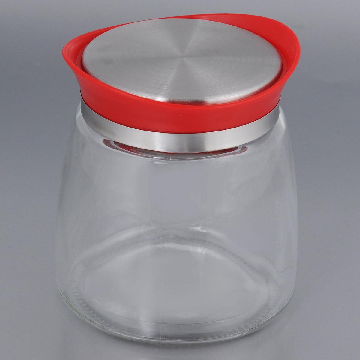 Банка для сыпучих продуктов Bohmann, цвет: красный, 850 мл01341BHG/NEWЕмкость для сыпучих продуктов Bohmann изготовлена из прочного прозрачного стекла. Банка снабжена пластиковой крышкой с металлической вставкой, которая плотно и герметично закрывается, дольше сохраняя аромат и свежесть содержимого. Изделие предназначено для хранения различных сыпучих продуктов: круп, чая, сахара, орехов и многого другого. Функциональная и вместительная, такая банка станет незаменимым аксессуаром на любой кухне. Диаметр (по верхнему краю): 8,5 см. Высота (без учета крышки): 12,5 см.