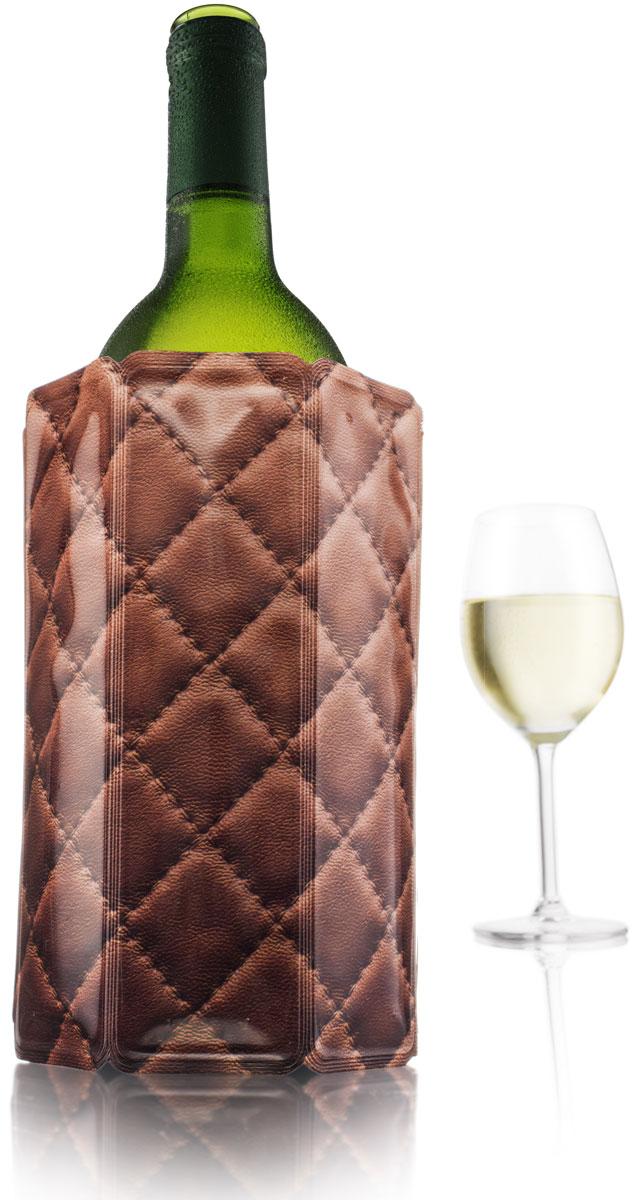 Охладительная рубашка VacuVin Rapid Ice для вина емкостью 0,75 л, кожаVT-1520(SR)Быстрое охлаждение напитков и сохранение их холодными - больше не проблема, если у вас есть охладительная рубашка VacuVin. Удивительные охладительные рубашки VacuVin лучше всего описать как очень холодные мягкие футляры. Вынув его из морозилки, вы просто надеваете его на бутылку. Ее содержимое охлаждается за 5 минут и остается холодным часами. Охладительные рубашки не бьются и могут использоваться многократно.• Активное охлаждение без использования льда• Охлаждает за 5 минут• Храните в морозилке• Не занимают места в холодильнике• Материал: полиэтилен/гель (PE/PA/PET)