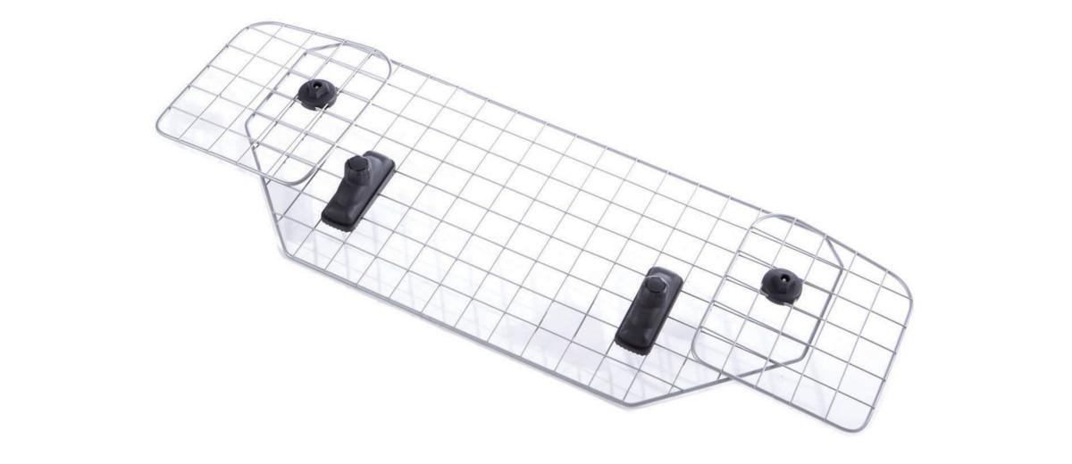 Сетка для собак Mesh Headrest, MB691141MB691141В течение 60-ти лет шведская компания MontBlanc занимает одно из ведуших мест на рынке как производитель, разработчик и поставщик багажников на крышу автомобиля мирового класса. В тесном сотрудничестве с ведущими производителями автомобилей MontBlanc конструирует автобагажники, специально предназначенные для конкретных моделей машин и удовлетворяющие самым высоким требованиям. Концепция MontBlanc - Сделай жизнь легче! - перекликается с философией компании, которая заключена в трёх словах – свобода, дизайн, безопасность. Многие ведущие мировые автомобильные компании выбирают автобагажники MontBlanc. Багажники Mont Blanc удобны, стильны, просты в установке, в плане подбора более просты, чем Thule, так как продаются уже готовым комплектом. Универсальный продукт для универсалов и хэтчбеков.