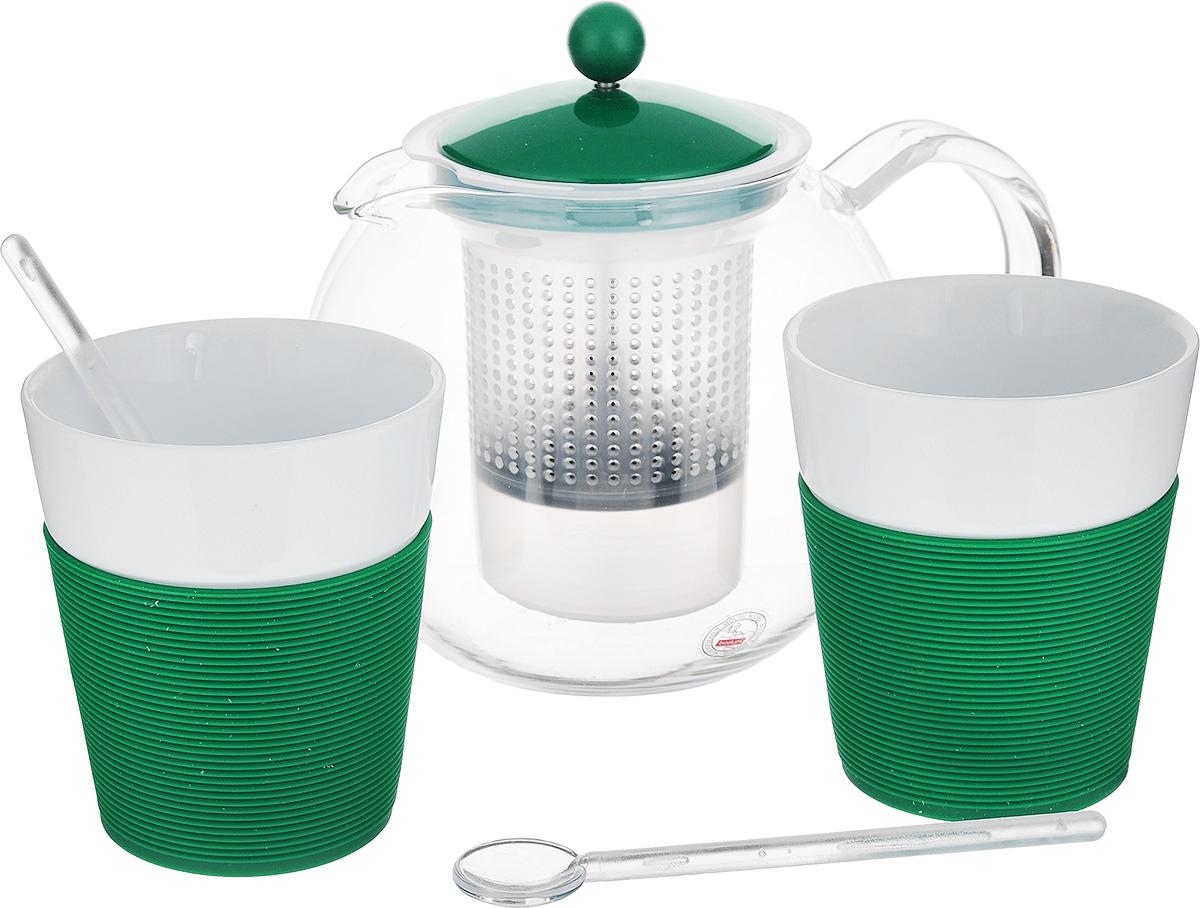Набор чайный Bodum Assam, цвет: прозрачный, белый, зеленый, 5 предметов. AK1830-825-Y15CM000001328Чайный набор Bodum Assam состоит из двух стаканов, двух ложек и чайника, выполненных из высококачественного стекла, фарфора и пластика. Элегантный дизайн набора придется по вкусу и ценителям классики, и тем, кто предпочитает утонченность и изысканность. Он настроит на позитивный лад и подарит хорошее настроение с самого утра.Чайный набор Bodum Assam идеально подойдет для сервировки стола и станет отличным подарком к любому празднику.Объем стакана: 300 мл. Диаметр стакана (по верхнему краю): 8,7 см. Высота стакана: 10,2 см. Объем чайника: 1 л.Диаметр чайника (по верхнему краю): 9,5 см. Высота чайника (без учета крышки): 12,5 см.Длина ложки: 14 см.