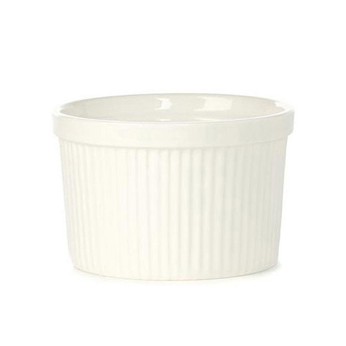 Порционная форма для выпечки BergHOFF Bianco, круглая, цвет: белый, диаметр 9 см1691237Порционная форма для выпечки BergHOFF Bianco изготовлена из высококачественного фарфора с глазурованной поверхностью. Форму можно использовать для приготовления блюд, таких как крем-брюле, жульен, маффины и прочее. Изделие термоустойчиво, поверхность сохраняет свой цвет, а пища естественный аромат. Материал мягко проводит тепло для равномерного запекания. Подходит для мытья в посудомоечной машине. Диаметр формы: 9 см. Высота формы: 4,5 см.