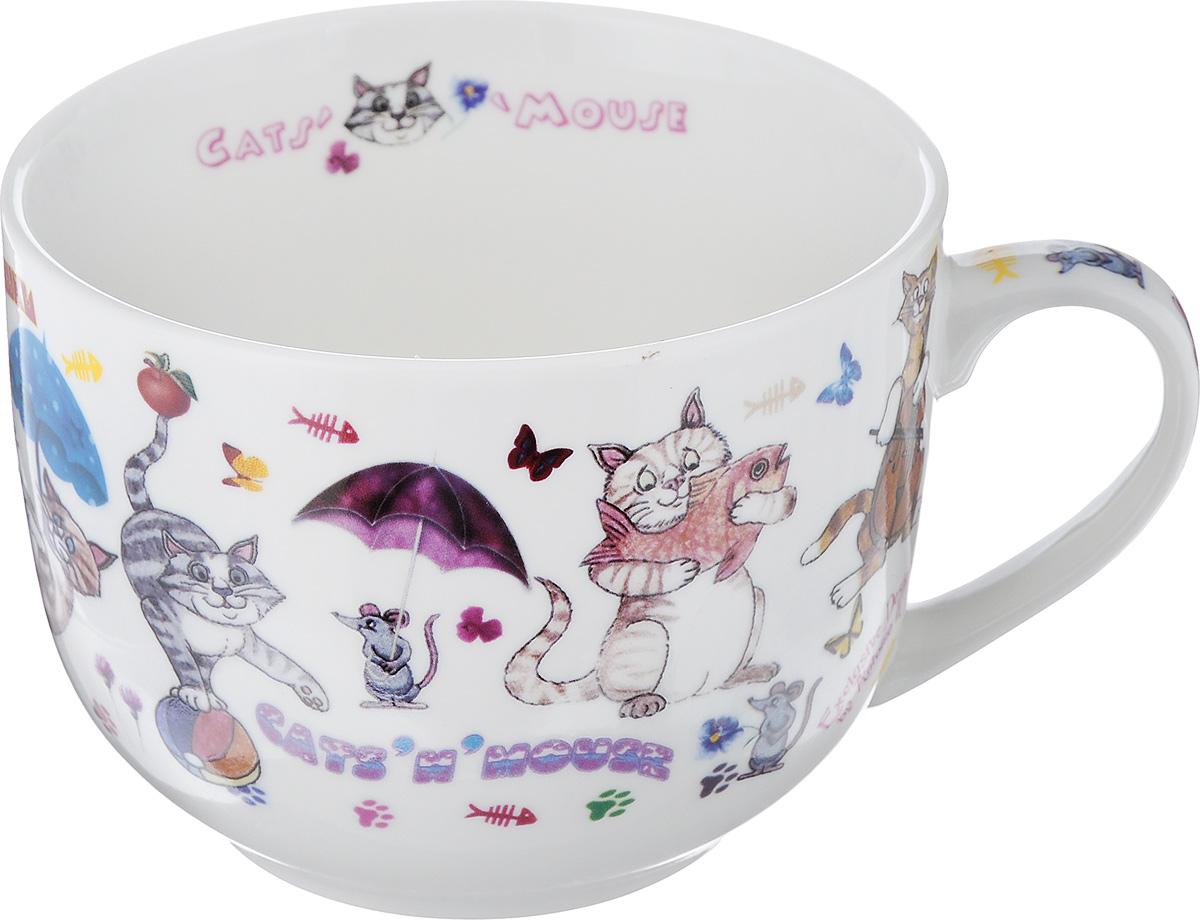 Бульонница GiftnHome CatsnMouse, 700 млJM-700 CATSБульонница GiftnHome CatsnMouse изготовлена их высококачественного фарфора и оформлена изображением кошек и мышек. Изделие имеет широкую горловину и оснащено удобной ручкой. Бульонница подойдет не только для супа, но и для чая или кофе. Такая стильная бульонница будет незаменимой вещью в вашем хозяйстве. Можно использовать в микроволновой печи и мыть в посудомоечной машине. Диаметр (по верхнему краю): 12 см. Высота: 9 см.