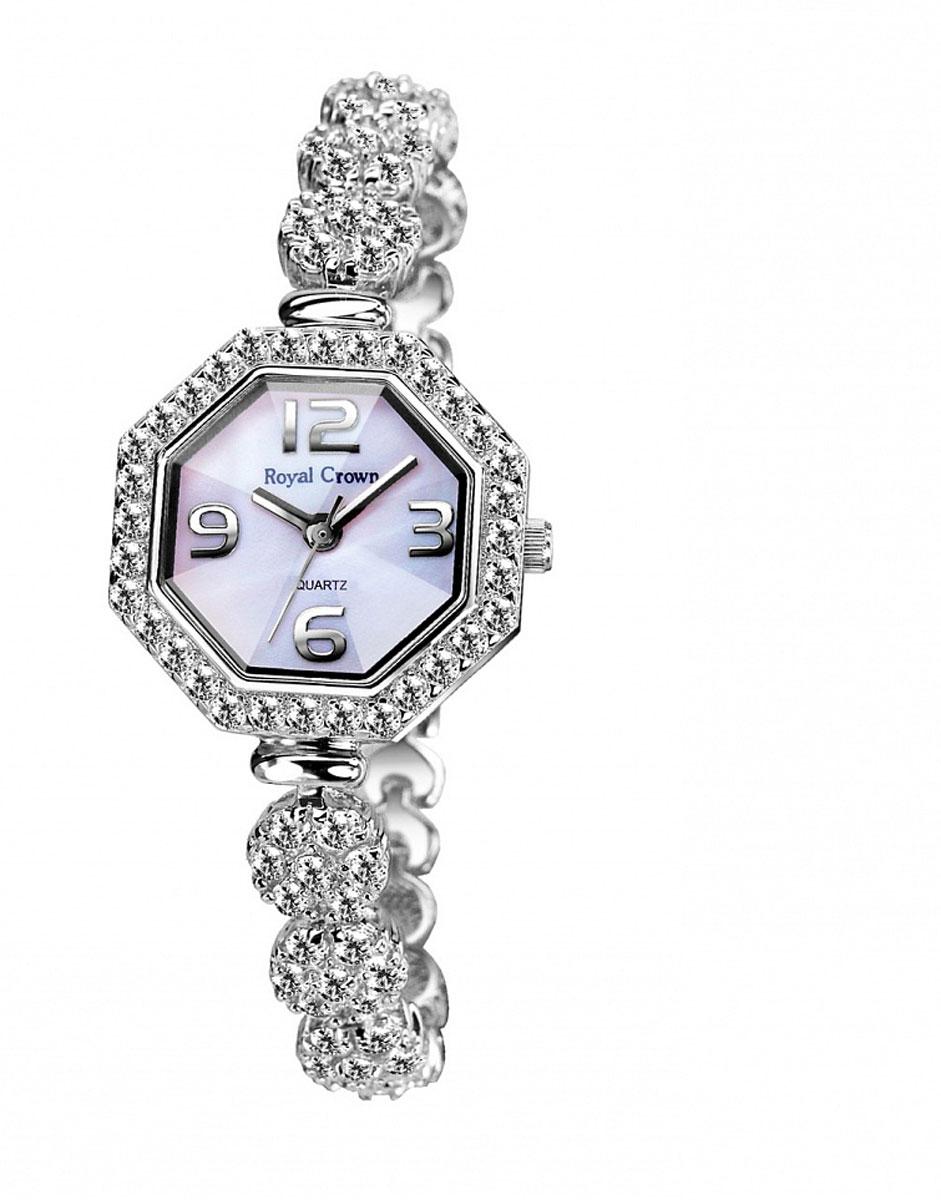 Часы наручные женские Royal Crown, цвет: серебристый. 3823-RDM-53823-RDM-5Наручные кварцевые часы Royal Crown выполнены из высококачественного металла с напылением ионами стали и оформлены вставками из камней. Браслет оснащен удобной металлической застежкой, которая надежно зафиксирует изделие на запястье. Часы оснащены минеральным, устойчивым к царапинам, стеклом с сапфировым напылением и задней крышкой из гипоаллергенной нержавеющей стали.