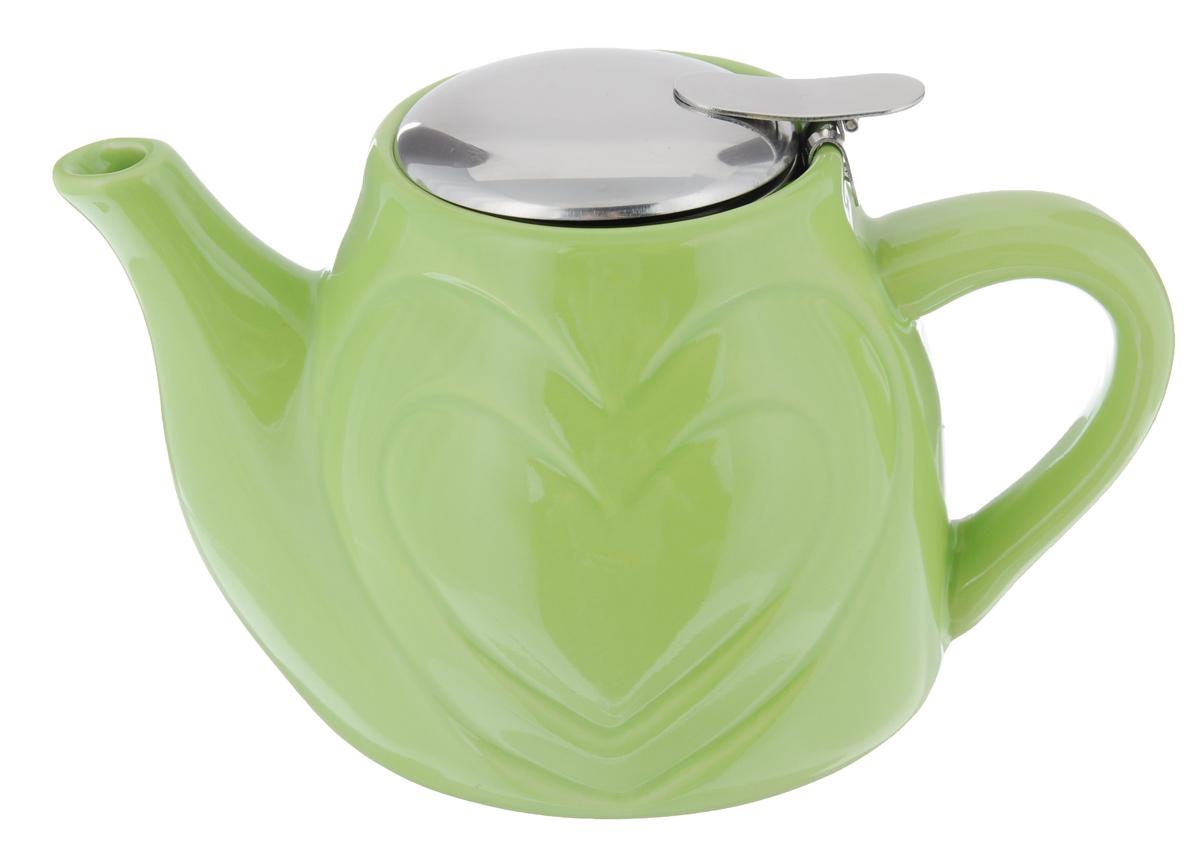 Чайник заварочный Loraine, с фильтром, цвет: зеленый, 500 мл94672Заварочный чайник Loraine изготовлен из высококачественной керамики и нержавеющей стали. Изделие оснащено фильтром, благодаря которому задерживает чаинки и предотвращает попадание их в чашку.Глянцевый корпус обеспечивает легкую очистку. Чайник поможет заварить крепкий ароматный чай и великолепно украсит стол к чаепитию. Диаметр чайника (по верхнему краю): 7,5 см. Высота чайника (без учета крышки): 10,5 см.Высота фильтра: 6 см.