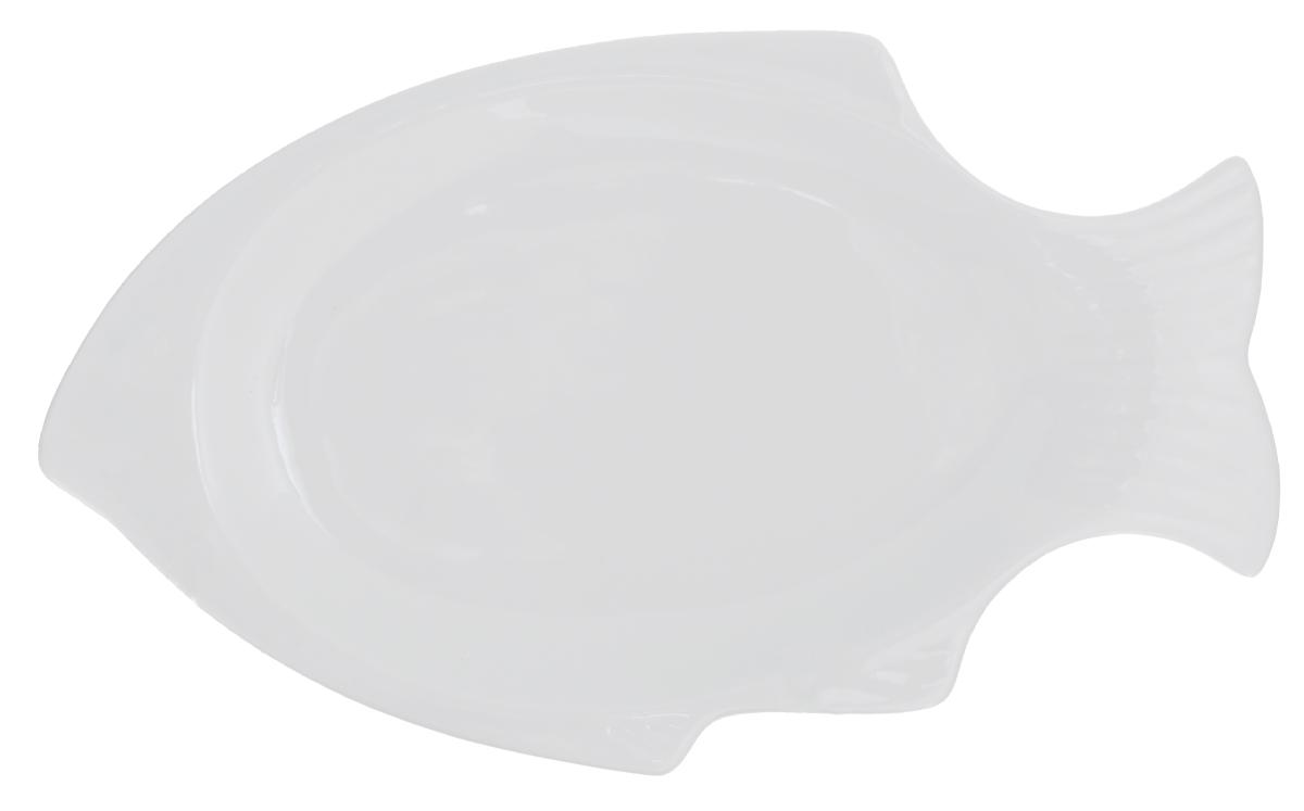 Блюдо сервировочное Walmer Fish, цвет: белый, 31 х 17 х 2,5 смW10170034Сервировочное блюдо Walmer Fish изготовлено из высококачественного фарфора в виде рыбы. Блюдо - необходимая вещь при застолье. Вы можете использовать его для закусок, сырной нарезки, колбасных изделий и, конечно, горячих блюд. Изумительное сервировочное блюдо станет изысканным украшением вашего праздничного стола.