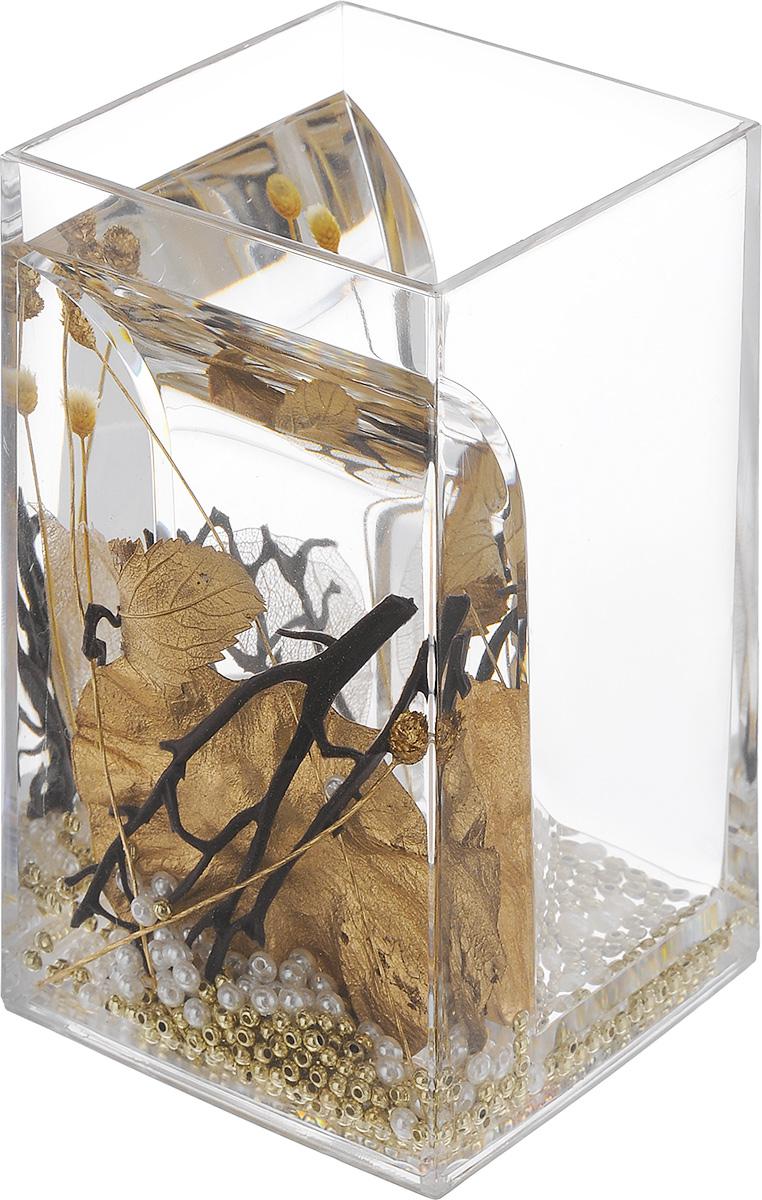 Стакан для ванной комнаты Vanstore Aurum, высота 12 см384-01Оригинальный стакан для ванной комнаты Vanstore Aurum изготовлен из пластика. В стакане удобно хранить зубные щетки, пасту и другие принадлежности. Изделие имеет двойные стенки, между которыми находится прозрачный гелевый наполнитель с декоративными элементами. Стильный дизайн изделия притягивает взгляд и прекрасно подойдет к интерьеру в ванной комнаты. Размер стакана: 6,5 х 6,5 х 12 см.