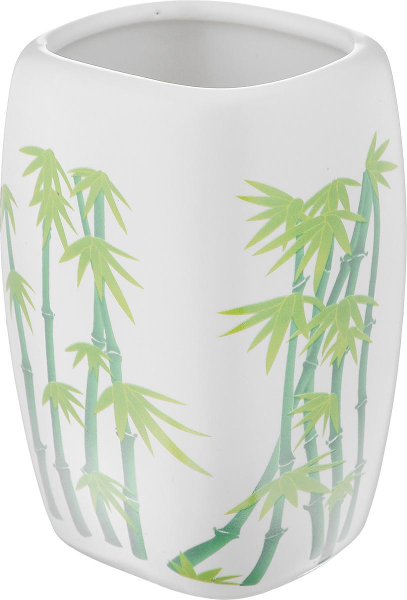 Стакан для ванной комнаты Vanstore Green Bamboo, высота 11 см301-01Стакан для ванной комнаты Vanstore Green Bamboo изготовлен из высококачественной керамики. В стакане удобно хранить зубные щетки, пасту и другие принадлежности. Такой аксессуар для ванной комнаты стильно украсят интерьер и добавят в обычную обстановку яркие и модные акценты. Размер стакана: 6,5 х 6 х 11 см.