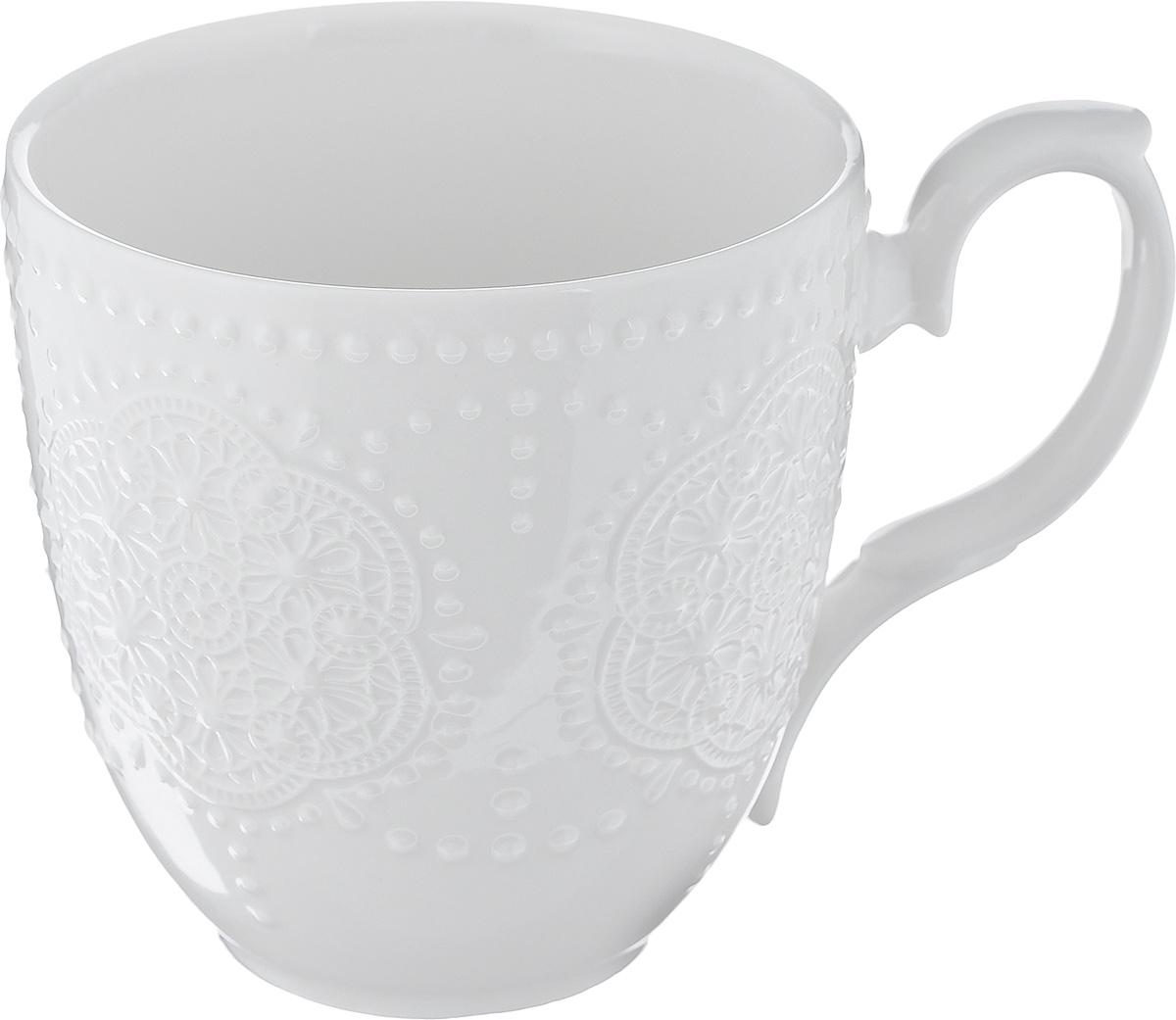 Кружка Walmer Vivien, цвет: белый, 350 млW07220035Кружка Walmer Vivien изготовлена из высококачественного фарфора. Изделие оформлено изысканным рельефным орнаментом. Такая кружка прекрасно оформит стол к чаепитию и станет его неизменным атрибутом. Не рекомендуется применять абразивные моющие средства. Диаметр (по верхнему краю): 9 см. Высота: 9,5 см.