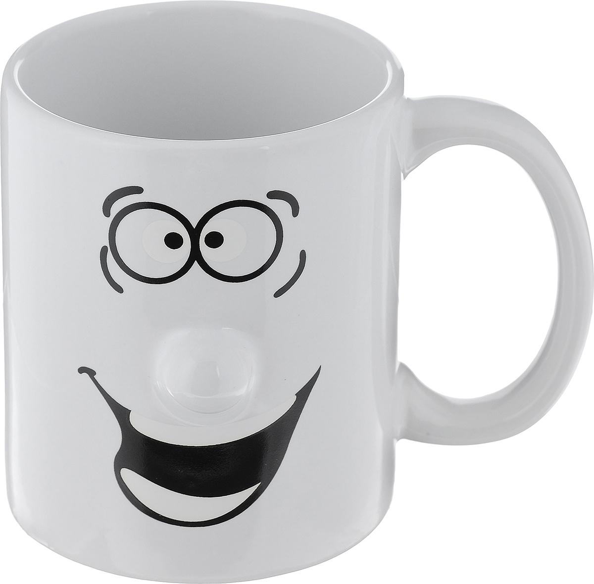 Кружка Walmer Smiley, цвет: белый, 300 млW06220030Кружка Walmer Smiley выполнена из керамики и оформлена изображением забавного смайлика. Она станет отличным дополнением к сервировке семейного стола и замечательным подарком для ваших родных и друзей. Не рекомендуется применять абразивные моющие средства. Диаметр кружки по верхнему краю: 8 см. Высота кружки: 9,5 см.