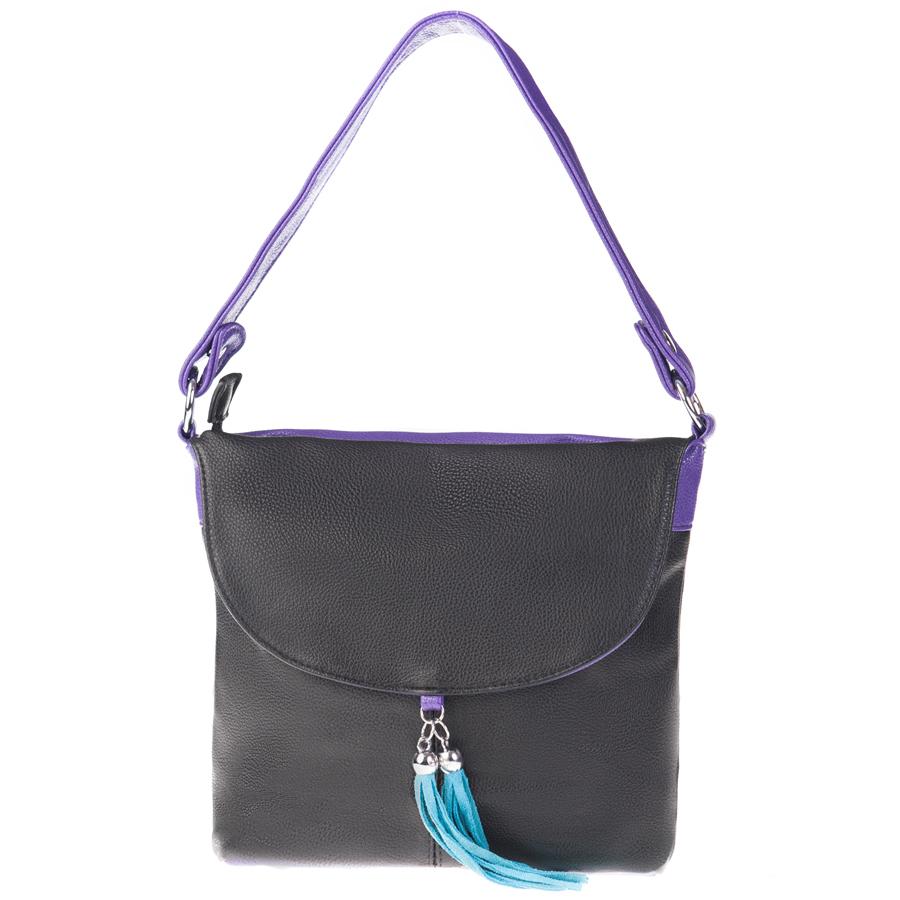 Сумка женская Orsa Oro, цвет: черный, фиолетовый. D-104/51D-104/51Стильная женская сумка Orsa Oro выполнена из искусственной кожи с зернистой фактурой, декорирована оригинальной подвеской. Изделие содержит одно отделение, которое закрывается на молнию. Внутри расположены четыре накладных кармашка для мелочей, один из которых закрывается на молнию, и врезной карман на молнии. Снаружи, на лицевой стороне изделия, расположен клапан, под которым размещен врезной карман на молнии. Задняя сторона сумки также дополнена клапаном и врезным карманом на молнии. Сумка оснащена практичной съемной лямкой и съемным плечевым ремнем регулируемой длины. Оригинальный аксессуар позволит вам завершить образ и быть неотразимой.