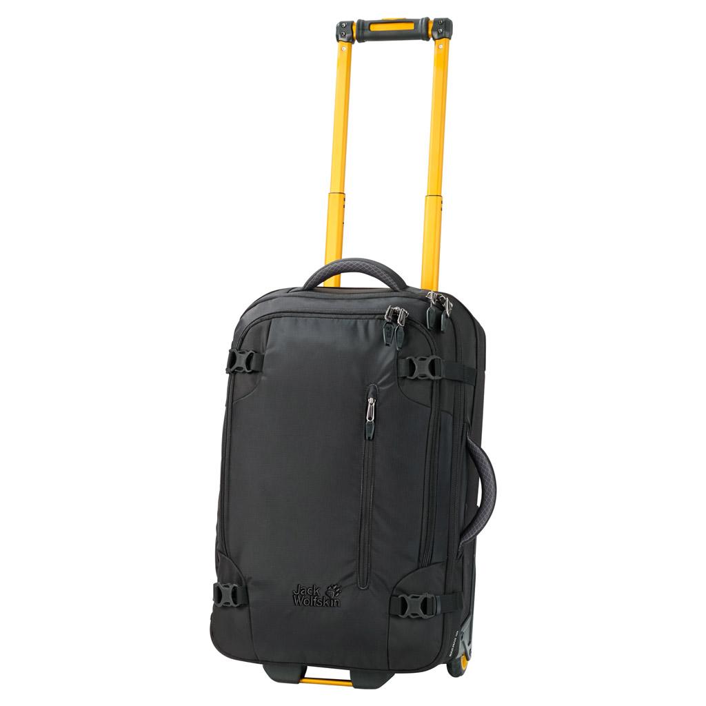 Чемодан Jack Wolfskin Railman 40, цвет: черный. 2003333-60002003333-6000Чемодан Jack Wolfskin Railman 40. Чемодан на колесиках с множеством отделений подходит для долгой поездки. Доступ к основному отделению возможен сверху и сбоку. Открывая его как обычный чемодан, можно быстро осмотреть все уложенные вещи. Во внутреннем пространстве чемодана используется каждый уголок, так как даже ручка и колесики размещены очень компактно. Материал чемодана, покрытый термополиуретаном, является водоотталкивающим и особо прочным. Необычные цветовые решения придают этому чемодану на колесиках неповторимую индивидуальность.