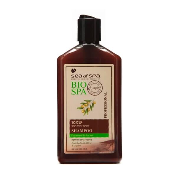 Sea of Spa Шампунь для норм/сухих волос с маслом Жожоба и Оливы, 400 мл6197- масла увлажняют волосы, восстанавливая их по всей длине, при этом не утяжеляют и сохраняют прикорневой объем; - укрепляет структуру волос внутри и снаружи, придавая им мягкость, шелковистость и удивительную гладкость; - ромашка и алоэ освежают кожу головы, смывают перхоть и препятствует её появлению; - дает эффект гладких и послушных волос без спутывания, сухие кончики больше не выбиваются из прически. - облегчает укладку.