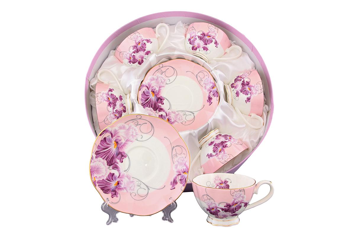 Набор чайный Elan Gallery Ирисы, 12 предметов530035Чайный набор Elan Gallery Ирисы состоит из 6 чашек и 6 блюдец. Изделия, выполненные из высококачественной керамики, имеют элегантный дизайн и классическую круглую форму. Такой набор прекрасно подойдет как для повседневного использования, так и для праздников. Чайный набор Elan Gallery Ирисы - это не только яркий и полезный подарок для родных и близких, это также великолепное дизайнерское решение для вашей кухни или столовой. Не рекомендуется применять абразивные моющие средства. Не использовать в микроволновой печи. Объем чашки: 250 мл. Диаметр чашки (по верхнему краю): 10 см. Высота чашки: 6,7 см. Диаметр блюдца (по верхнему краю): 15,7 см. Высота блюдца: 2,2 см.