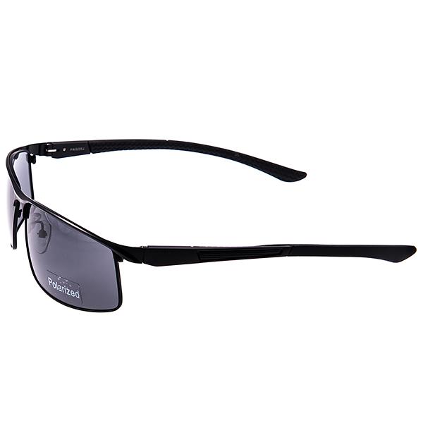 Солнцезащитные очки Selena, цвет: черный. 80031891ST-98WУниверсальные солнцезащитные очки Selena выполнены из металла с элементами из силикона и высококачественного пластика.Линзы данных очков с высокоэффективным поляризационным покрытием блокируют слепящий эффект и обеспечивают полную защиту от ультрафиолетовых лучей. Используемый пластик не искажает изображение, не подвержен нагреванию и вредному воздействию солнечных лучей. Дужки дополнены силиконовым покрытием, что обеспечит максимальный комфорт при использовании.Такие очки защитят глаза от ультрафиолетовых лучей, подчеркнут вашу индивидуальность и сделают ваш образ завершенным.