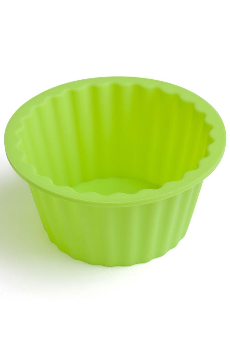 Форма для выпечки Calve, силиконовая, цвет: салатовый, диаметр 18 смCL-4551Форма для выпечки Calve круглой формы и изготовлена из высококачественного силикона. Стенки формы легко гнутся, что позволяет легко достать готовую выпечку и сохранить аккуратный внешний вид блюда. Изделия из силикона очень удобны в использовании: пища в них не пригорает и не прилипает к стенкам, форма легко моется. Приготовленное блюдо можно очень просто вытащить, просто перевернув форму, при этом внешний вид блюда не нарушится. Изделие обладает эластичными свойствами: складывается без изломов, восстанавливает свою первоначальную форму. Порадуйте своих родных и близких любимой выпечкой в необычном исполнении. Подходит для приготовления в микроволновой печи и духовом шкафу при нагревании до +230°С; для замораживания до -40°. Размер формы: 18 х 18 х 9 см.