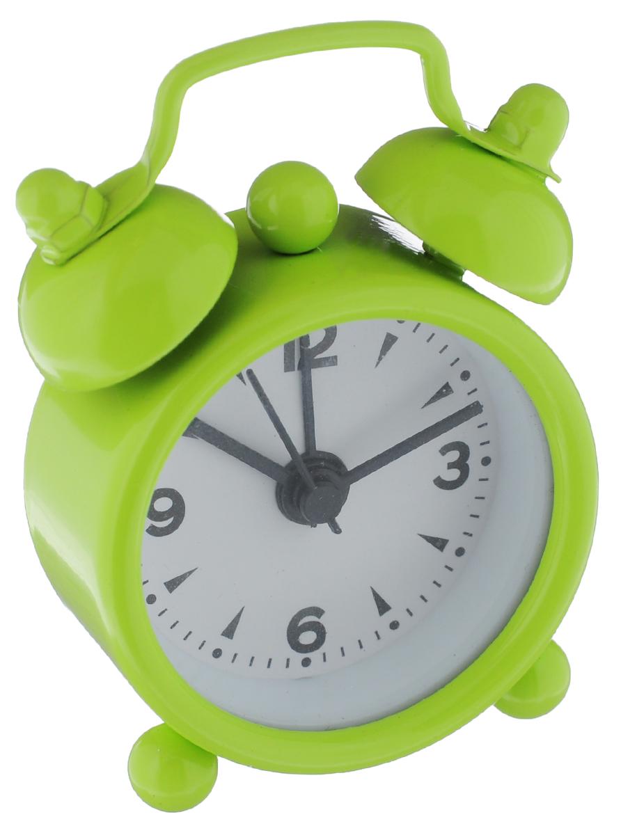 Часы-будильник Sima-land, цвет: салатовый. 11038981103898_салатовыйКак же сложно иногда вставать вовремя! Всегда так хочется поспать еще хотя бы 5 минут и бывает, что мы просыпаем. Теперь этого не случится! Яркий, оригинальный будильник Sima-land поможет вам всегда вставать в нужное время и успевать везде и всюду. Будильник украсит вашу комнату и приведет в восхищение друзей. Эта уменьшенная версия привычного будильника умещается на ладони и работает так же громко, как и привычные аналоги. Время показывает точно и будит в установленный час. На задней панели будильника расположены переключатель включения/выключения механизма, а также два колесика для настройки текущего времени и времени звонка будильника. Будильник работает от 1 батарейки типа LR44 (входит в комплект).