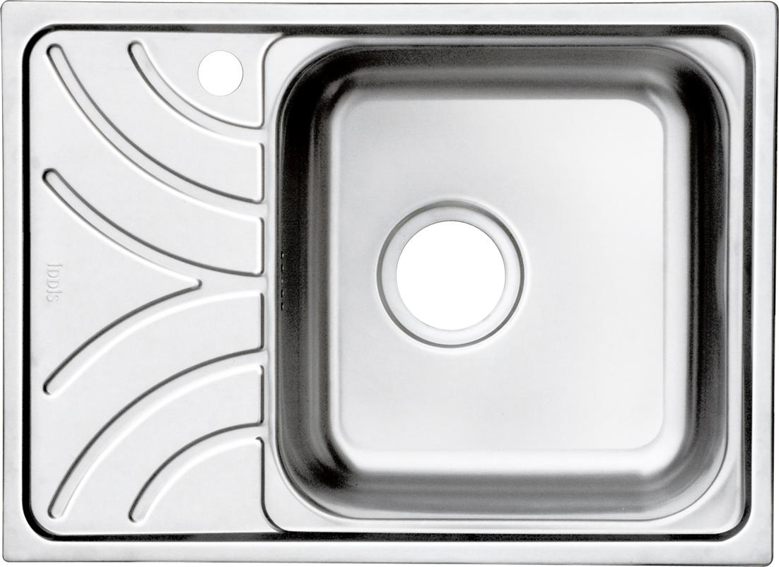 Мойка Iddis Arro, полированная, чаша справа, 60,5 х 44 см. ARR60PRi77ARR60PRi77Корпус мойки выполнен из специальной нержавеющей стали марки 304 с содержанием хрома 18%, никеля 10% , это гарантирует устойчивость к воздействию химических веществ, появлению пятен и коррозии. Толщина стали в мойкам варьируется от 0,8 до 0,9 мм в зависимости от коллекций. Специальное дополнительное антишумовое покрытие Silenon, нанесенное на обратную сторону чаш, разработано для снижения шума воды в мойке. Конструкция краев мойки, крепления и специальная уплотнительная прокладка обеспечивает максимально плотное прилегание к столешнице и защищает от протекания. Каждая мойка из нержавеющей стали IDDIS имеет изготовленное на заводе отверстие под смеситель, что делает ее полностью готовой к установке. Наличие шаблона для выреза отверстия в столешнице для каждой модели облегчает процесс установки моек IDDIS. Специальная обработка углов моек из нержавеющей стали IDDIS гарантирует абсолютное прилегание к столешнице. Гарантия на мойки из нержавеющей стали...