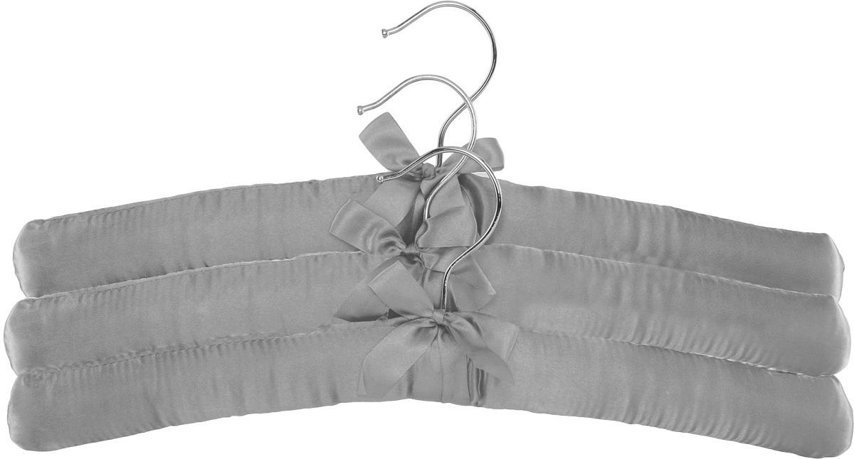 Набор вешалок для одежды Home Queen, цвет: серый, 3 шт57026Набор Home Queen состоит из трех вешалок, изготовленных из дерева и текстиля. Вешалки идеально подойдут для деликатной одежды из шерсти и нежных тканей. Набор Home Queen станет практичным и полезным в вашем гардеробе. С ним ваша одежда избежит ненужных растяжек и провисаний. Комплектация: 3 шт. Размер вешалки: 38 х 3,5 х 11,5 см.