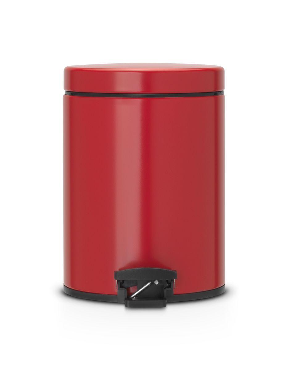 Ведро для мусора Brabantia, с педалью, цвет: красный, 5 л790009Ведро для мусора Brabantia изготовлено из высококачественной стали с матовым покрытием. Прочное съемное ведро из пластика обеспечивает удобный вынос мусора. Надежный педальный механизм позволяет удобно выбрасывать мусор. Прочная не пропускающая запахи металлическая крышка предотвращает распространение запахов. Кроме того, она плавно и бесшумно закрывается. Сбоку расположена металлическая ручка, которая позволяет удобно перемещать бак. Противоскользящее основание обеспечивает отличную устойчивость даже на мокром и скользком полу. Пластиковый защитный обод предохраняет пол от повреждений. Для ведра идеально подходят мешки для мусора с завязками (размер B). Ведро для мусора Brabantia - идеальное решение для ванной комнаты и туалета!