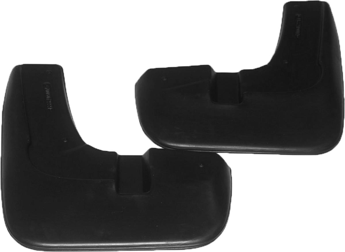 Комплект брызговиков передних для а/м Renault Sandero Stepway (10-)7006072251Брызговики изготовлены из высококачественного полимера, уникальный состав брызговиков допускает их эксплуатацию в широком диапазоне температур: - 50°С до + 80°С. Эффективно защищают кузов автомобиля от грязи и воды – формируют аэродинамический поток воздуха, создаваемый при движении вокруг кузова таким образом, чтобы максимально уменьшить образование грязевой измороси, оседающей на автомобиле. Разработаны индивидуально для каждой модели автомобиля, с эстетической точки зрения брызговики являются завершением колесной арки.
