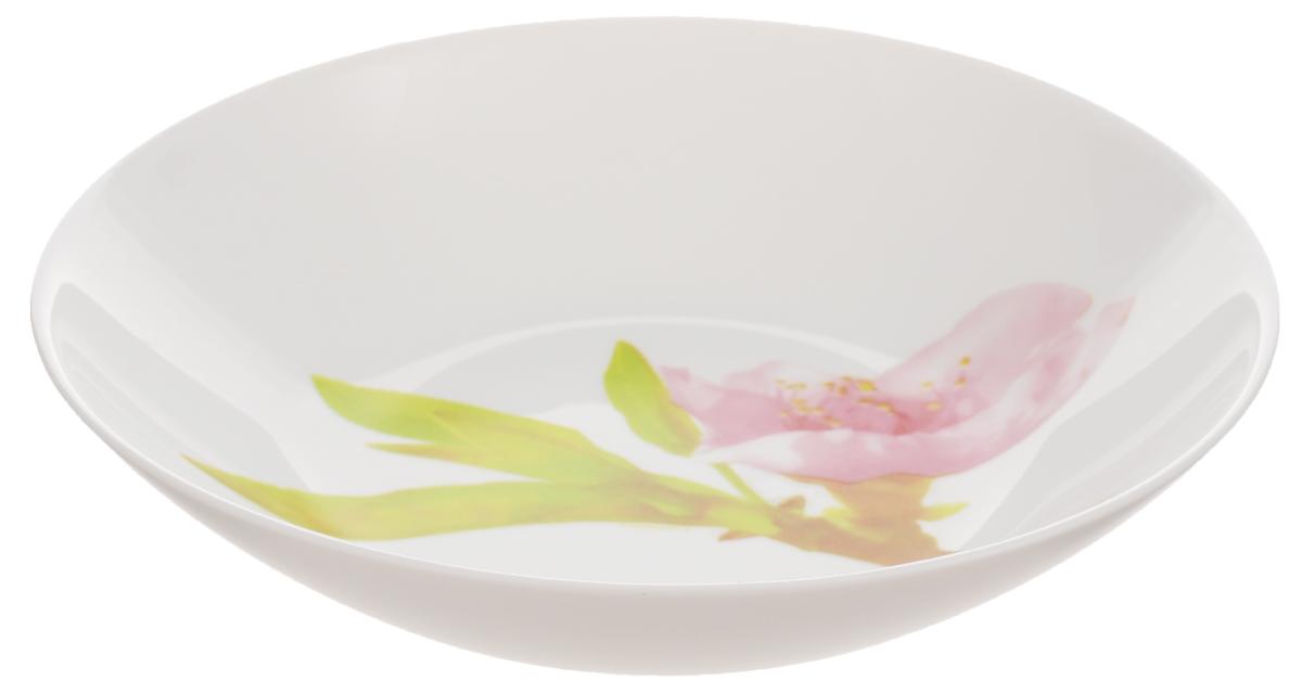 Тарелка глубокая Luminarc Water Color, диаметр 20 смJ0765Глубокая тарелка Luminarc Water Color выполнена из ударопрочного стекла и украшена изображением цветов. Она прекрасно впишется в интерьер вашей кухни и станет достойным дополнением к кухонному инвентарю. Тарелка Luminarc Water Color подчеркнет прекрасный вкус хозяйки и станет отличным подарком. Диаметр тарелки (по верхнему краю): 20 см.