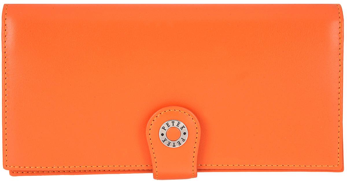 Портмоне женское Petek 1855, цвет: оранжевый. 441.167.24441.167.24 OrangeСтильное женское портмоне Petek 1855 изготовлено из натуральной кожи. Изделие закрывается на клапан и дополнительно на хлястик с застежкой-кнопкой. Портмоне содержит одно отделение для купюр, карман для документов с отделением на застежке-молнии для мелочи, два потайных кармана, шесть карманов для пластиковых карт и визиток, один из которых с прозрачным сетчатым окошком. Снаружи, под клапаном, располагаются шесть кармашков для пластиковых карт и визиток. Изделие упаковано в фирменную коробку. Стильное портмоне эффектно дополнит ваш образ и станет незаменимым аксессуаром на каждый день.