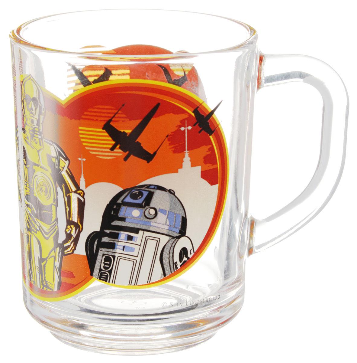 Star Wars Кружка детская Роботы 250 млSWG0101Детская кружка Star Wars Роботы с любимыми героями станет отличным подарком для вашего ребенка. Она выполнена из стекла и оформлена изображением героев киновселенной Звездные войны. Кружка дополнена удобной ручкой. Такой подарок станет не только приятным, но и практичным сувениром: кружка будет незаменимым атрибутом чаепития, а оригинальное оформление кружки добавит ярких эмоций и хорошего настроения. Можно использовать в посудомоечной машине.