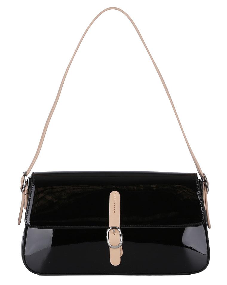 Сумка женская Fabretti, цвет: черный. F4715F4715 blackЖенская сумка FABRETTI черного цвета. Модель выполнена из натуральной кожи и имеет откидную часть, закрывающуюся на магнитную кнопку. Внутри: два отделения, в одном отделение на боковой стенке два открытых кармана, для мелочей и мобильного телефона, в другом отделении на боковой стенке карман на молнии. Сумка носится на сгибе руки или на плече. Закрывается на пластиковую молнию. Кожа плотная, форму держит. Размеры меньше формата А4.