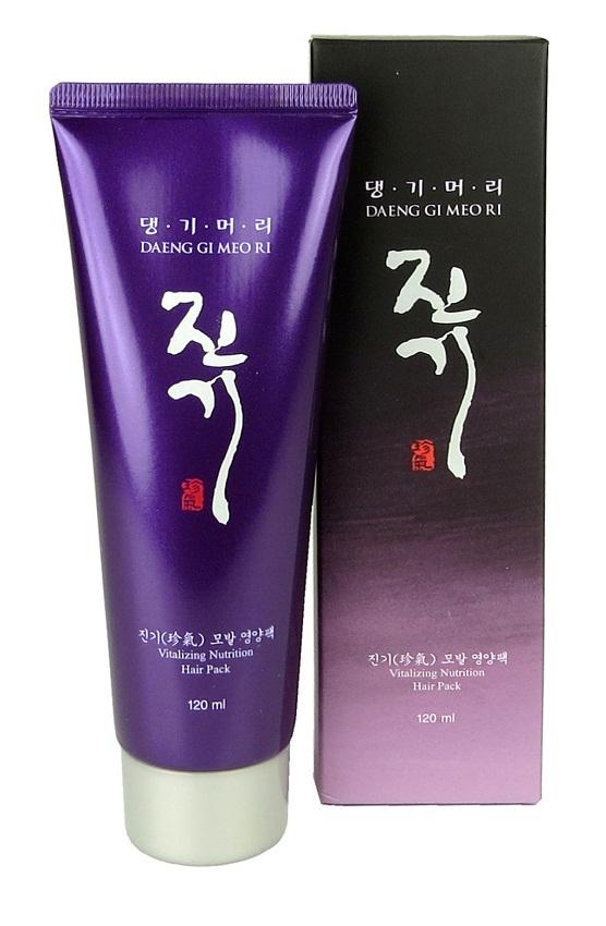 DaengGiMeоRi Виталайзинг питающая маска для волос, 120 млFS-00103Уникальная косметическая продукция Тенги Мори производится на основе экстрактов восточных лечебных трав по технологии, основанной на народных рецептах изготовления косметики в Корее. Сбалансированный комплекс компонентов обеспечивает интенсивное питание и увлажнение, укрепляет корни волос, способствует их росту. Растительные экстракты и кератин устраняют статическое электричество, защищая волосы от внешних повреждений. Маска оказывает антиоксидантное, тонизирующее и восстанавливающее действие, делает волосы здоровыми и густыми.